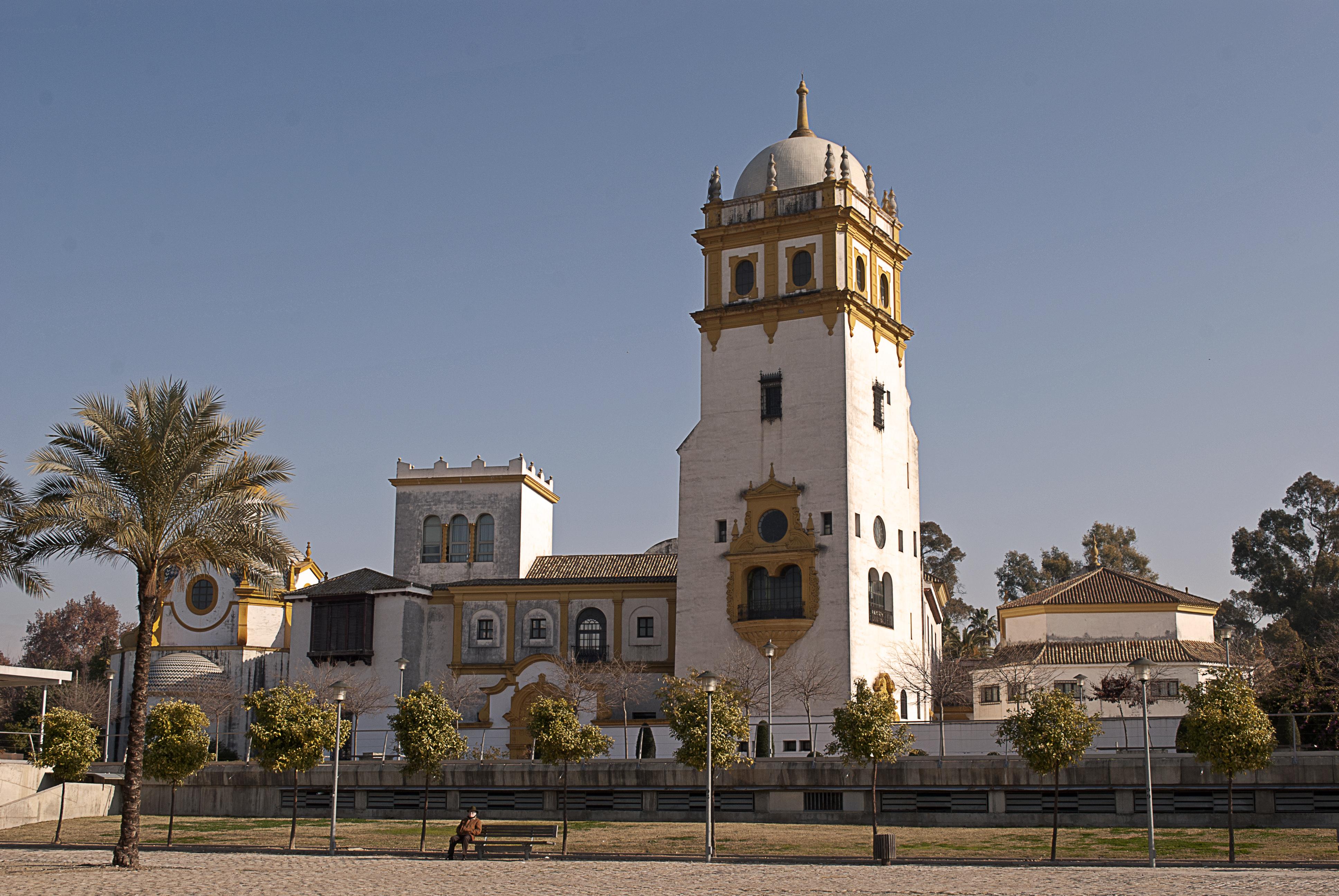 18 Edificios De Sevilla Que Nos Regalo La Exposicion Iberoamericana