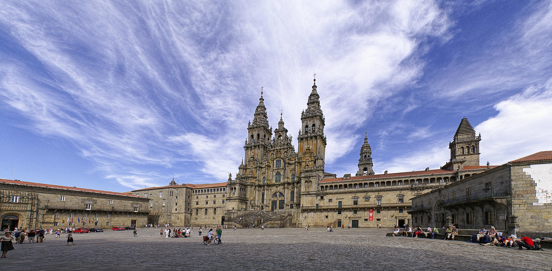 Encantos de GaliciA - Lugares para turismo por Galicia Panoramica_Catedral_de_Santiago_de_Compostela