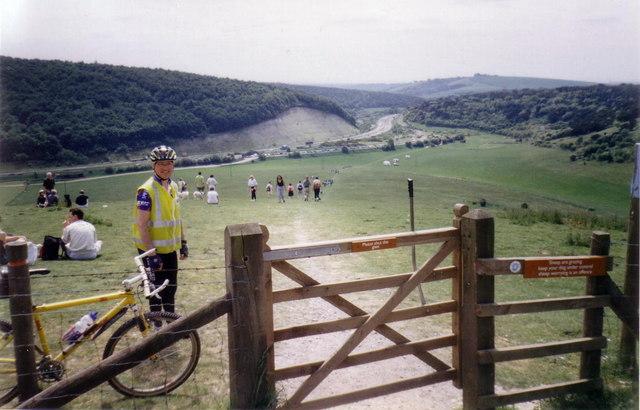 Path up Butser Hill - geograph.org.uk - 355195
