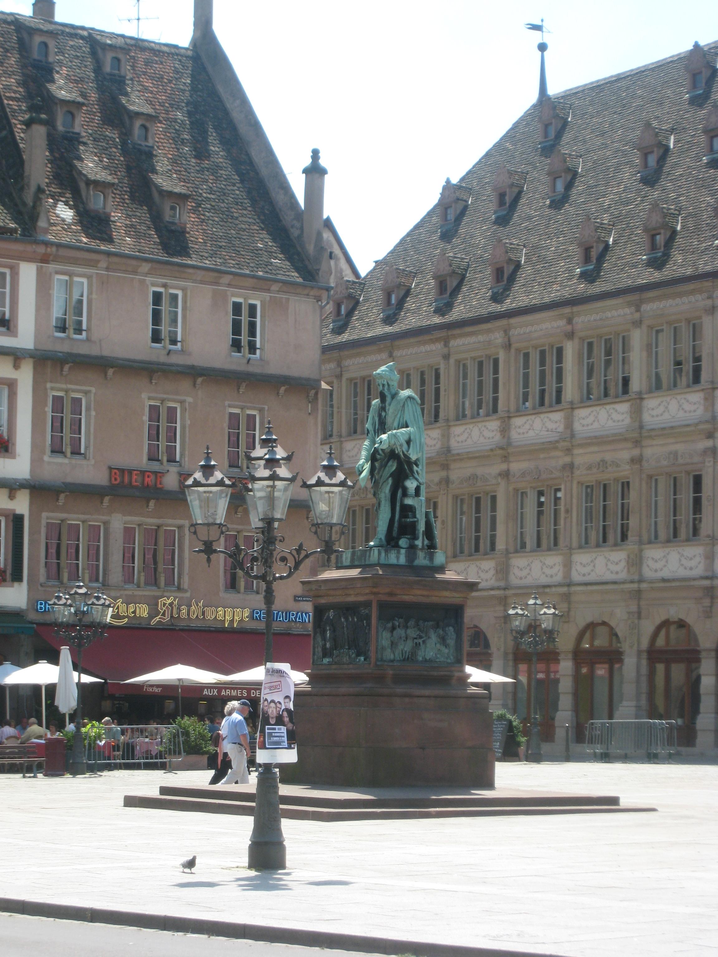 File Place Gutenberg in Strasbourg Wikimedia mons