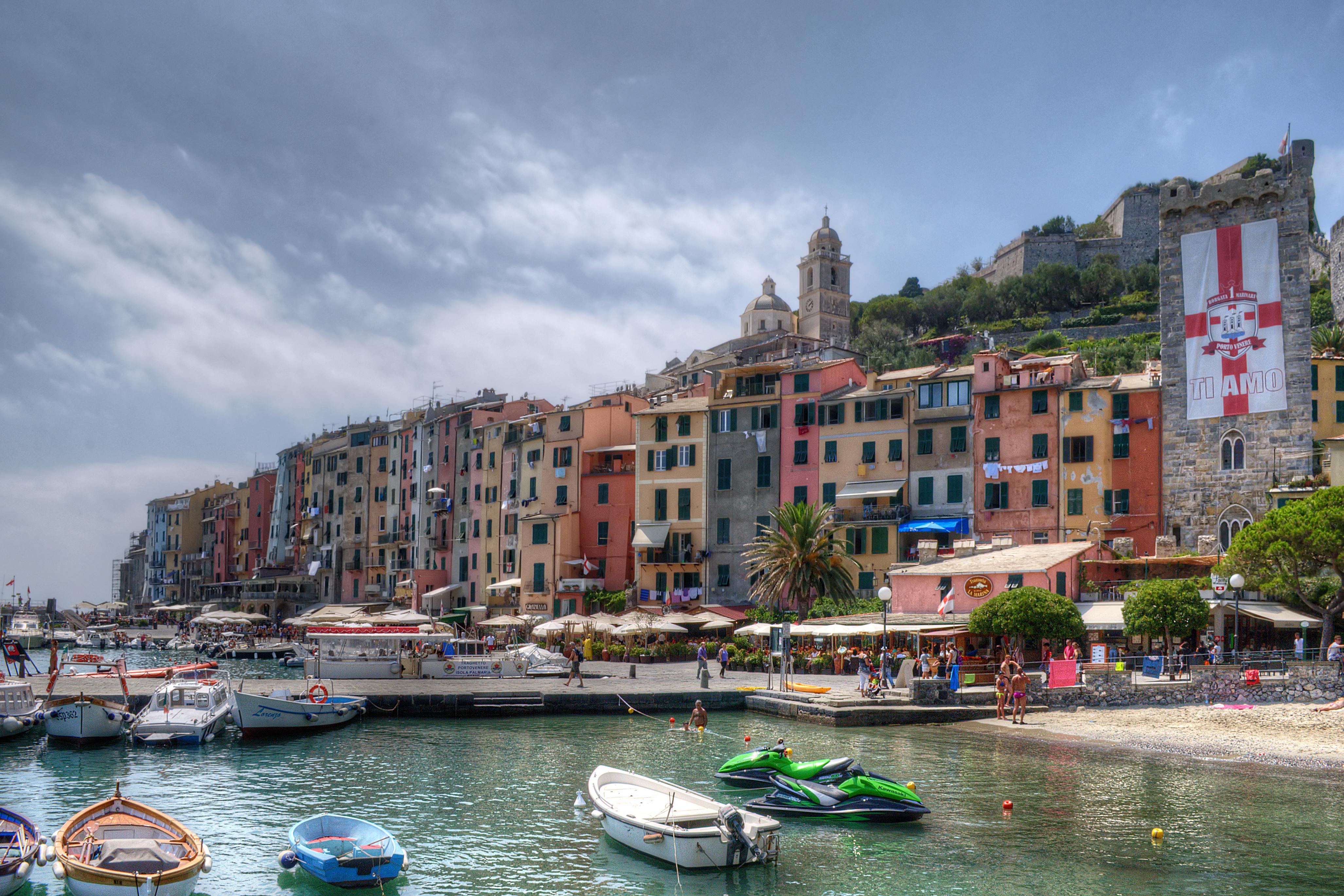 File portovenere portovenere la spezia italy july 29 for Marletto arredamenti la spezia
