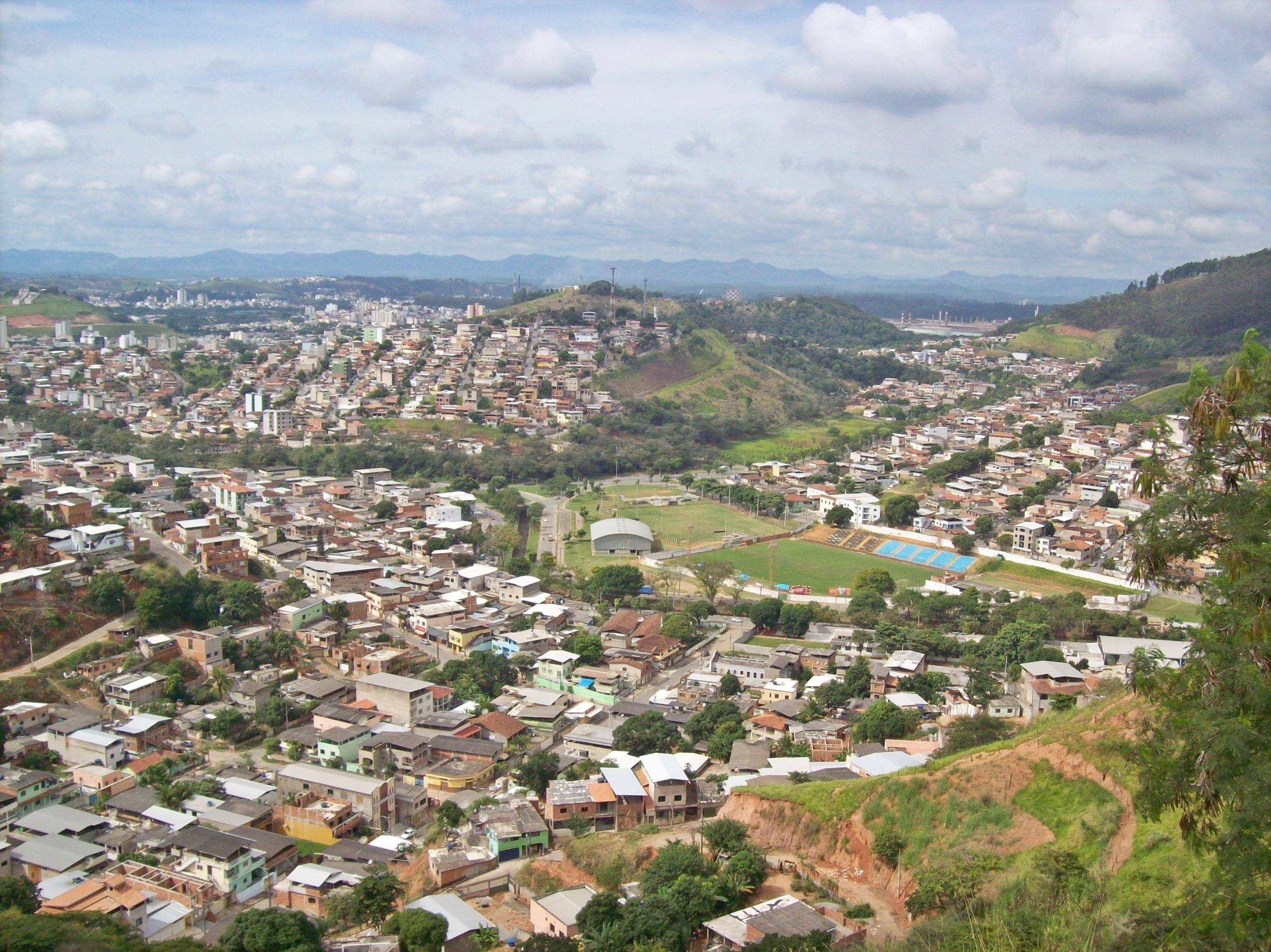 ed28262259d Vista dos bairros Esperança (em primeiro plano)