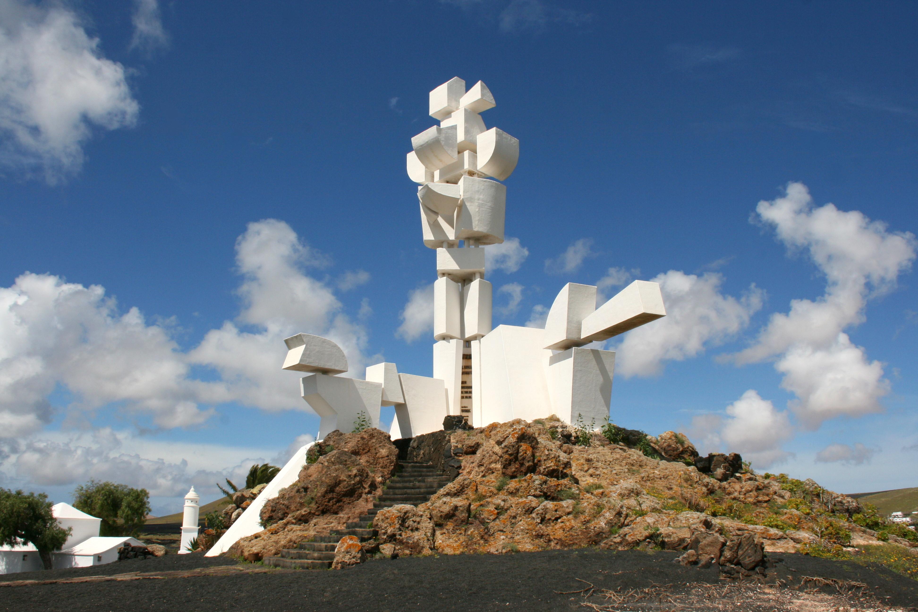 File san bartolom lz 20 lz 30 monumento al campesino - Cesar manrique wikipedia ...