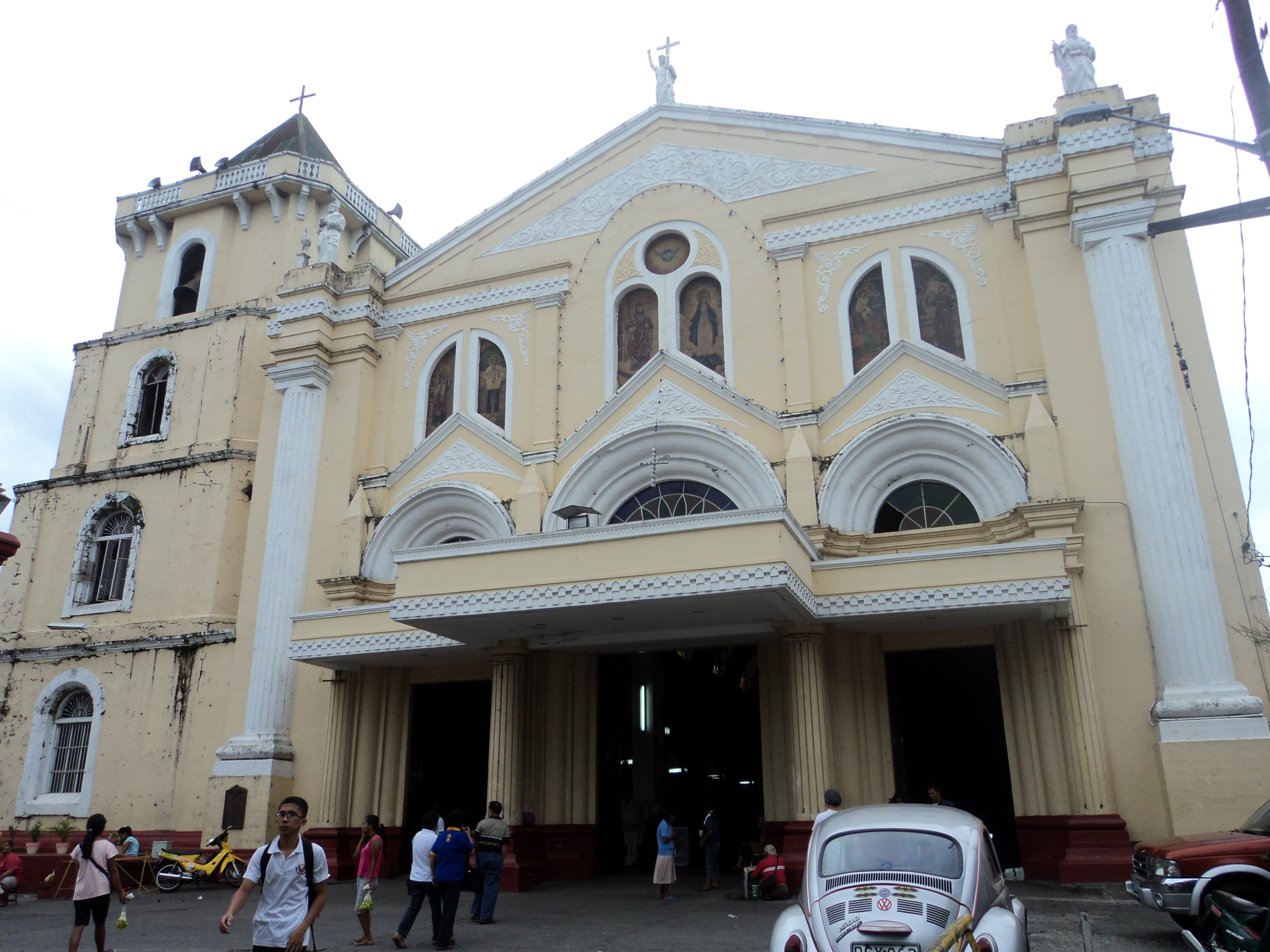 Lucena Philippines  city pictures gallery : San Fernando Cathedral Lucena City Wikimedia Commons