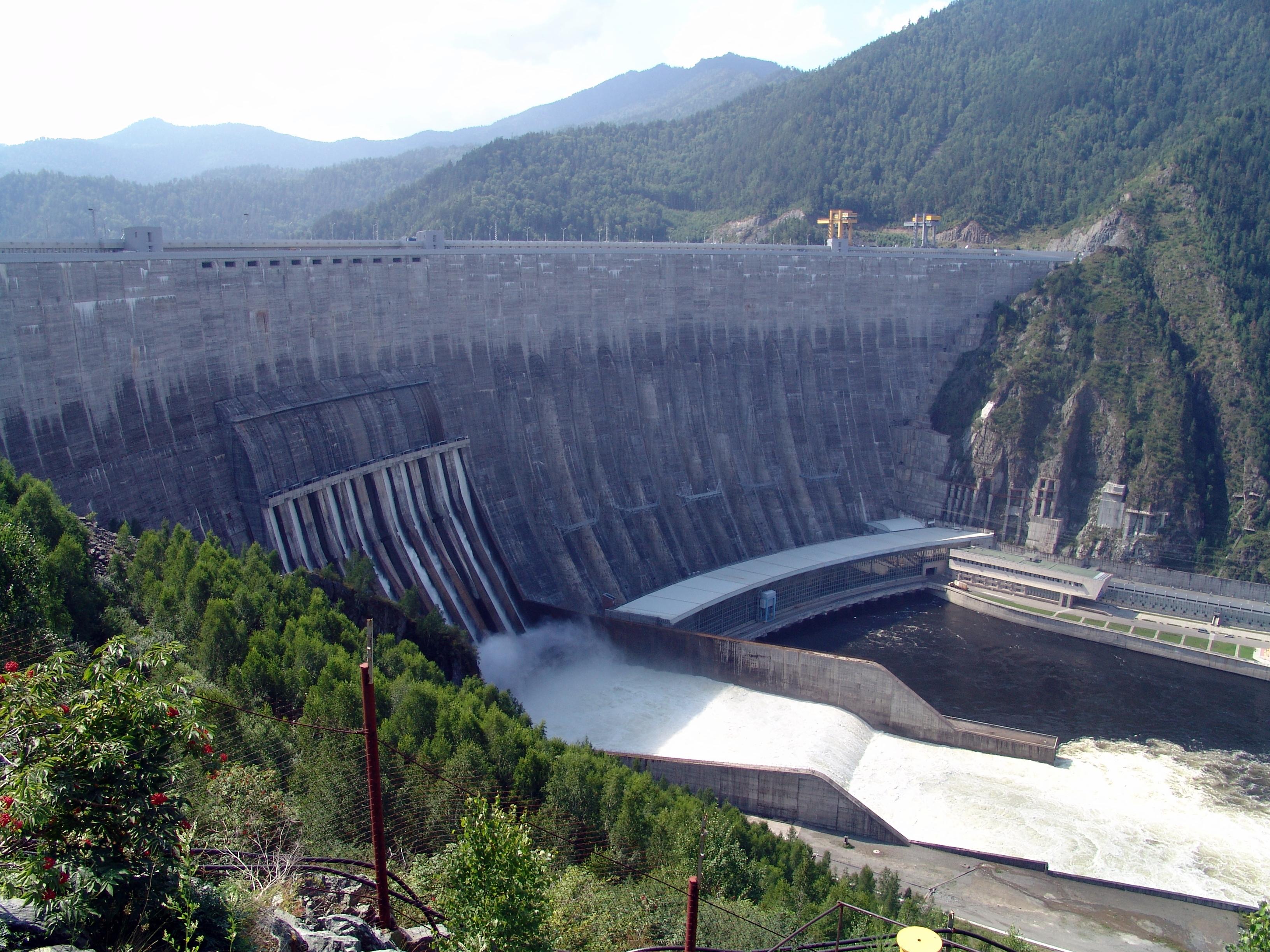 Sayano–Shushenskaya Dam1.JPG