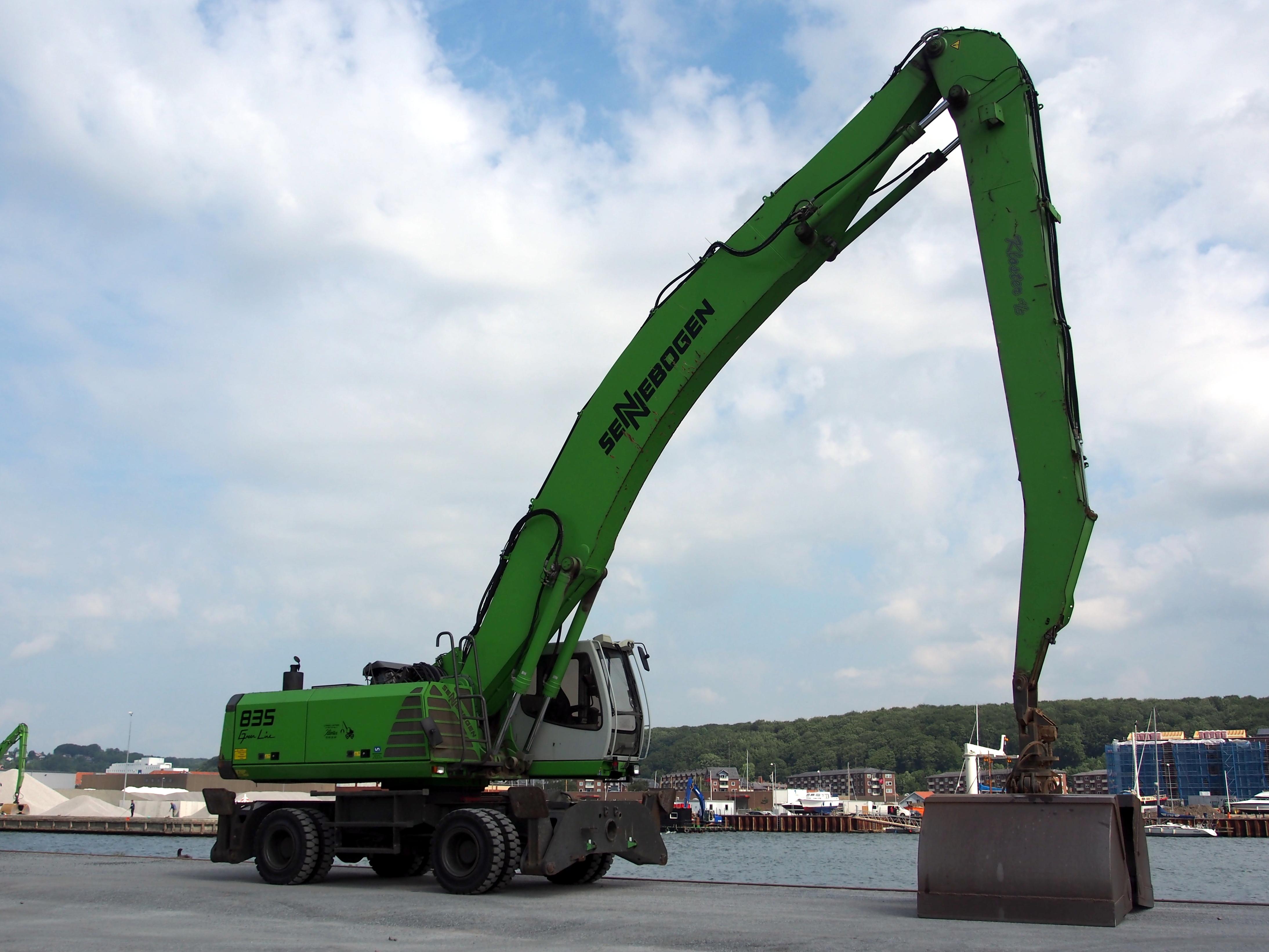 File Sennebogen 835 Crane At Vejle Habor Pic2 Jpg