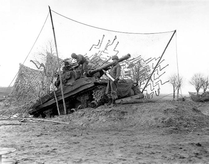File:Tank destroyer on dug-in ramp.jpg