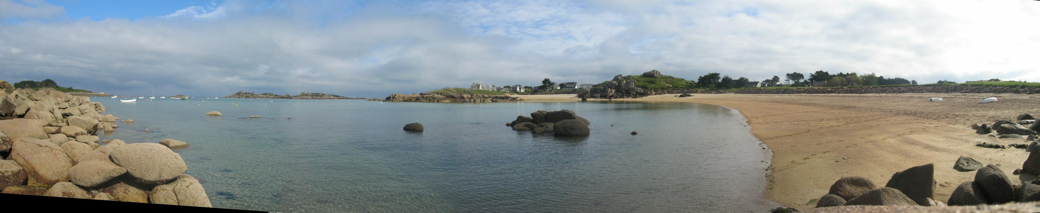 L'image « http://upload.wikimedia.org/wikipedia/commons/4/43/Tregastel_Brittany_France.jpg » ne peut être affichée, car elle contient des erreurs.
