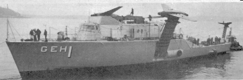 USS_Plainview_(AGEH-1)_moored_near_Seatt