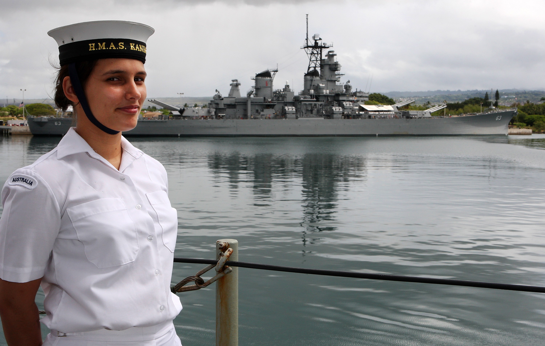 Navy Images Australia Presentation Of Hmas Voyager Painting