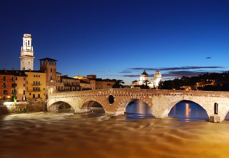 Verona - ponte pietra at sunset