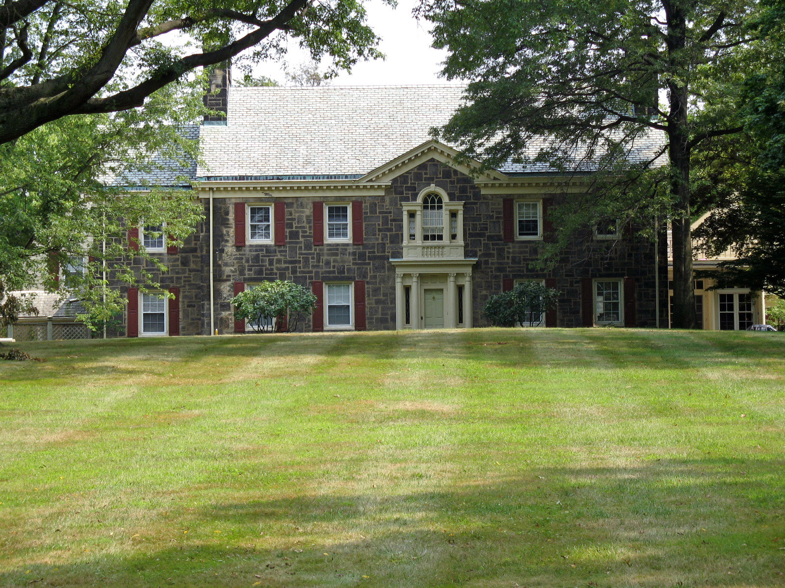 File vicary house canton oh jpg wikimedia commons for Building a home in ohio