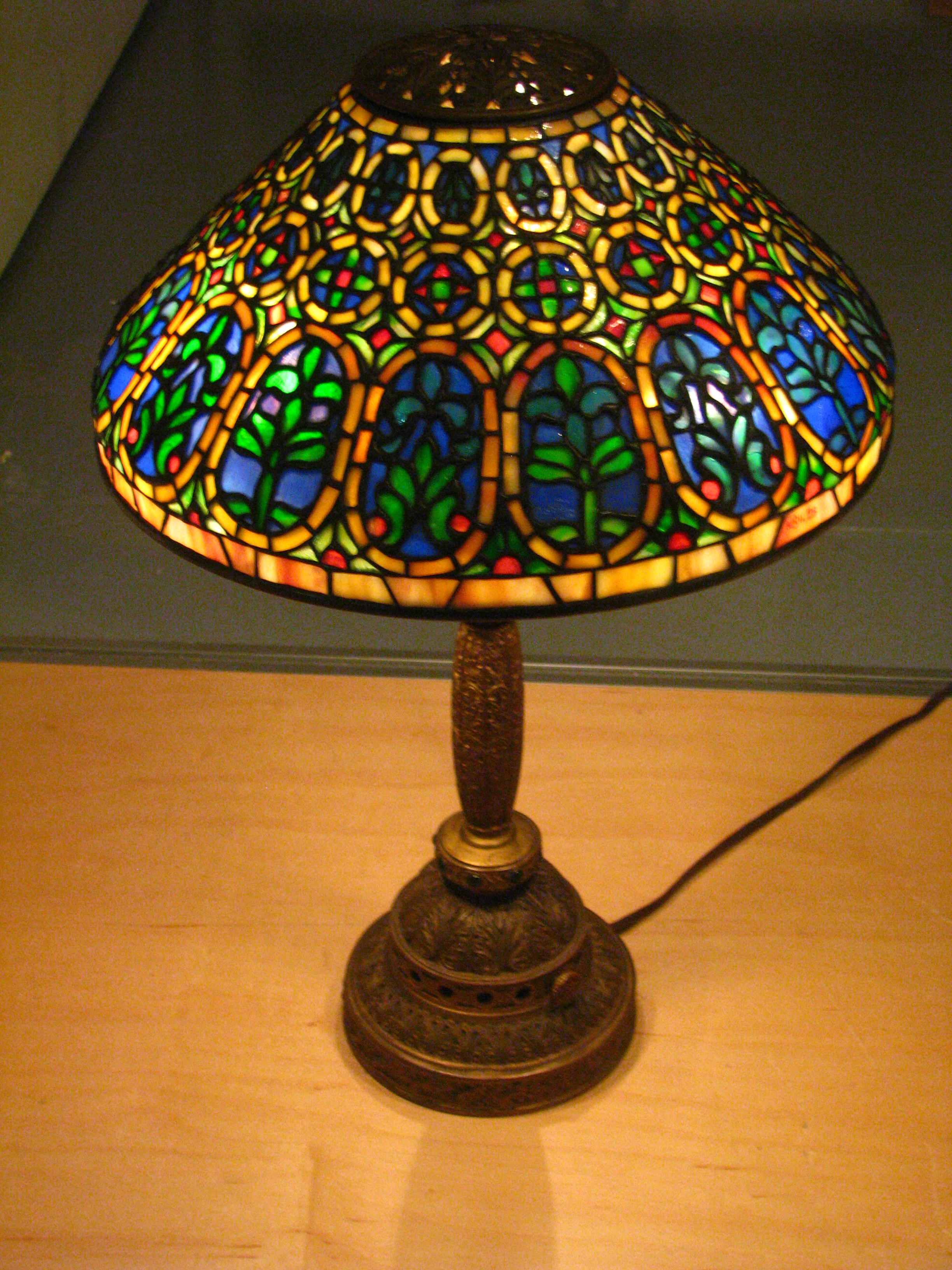 File Wla Nyhistorical 1910 Desk Lamp Jpg Wikimedia Commons