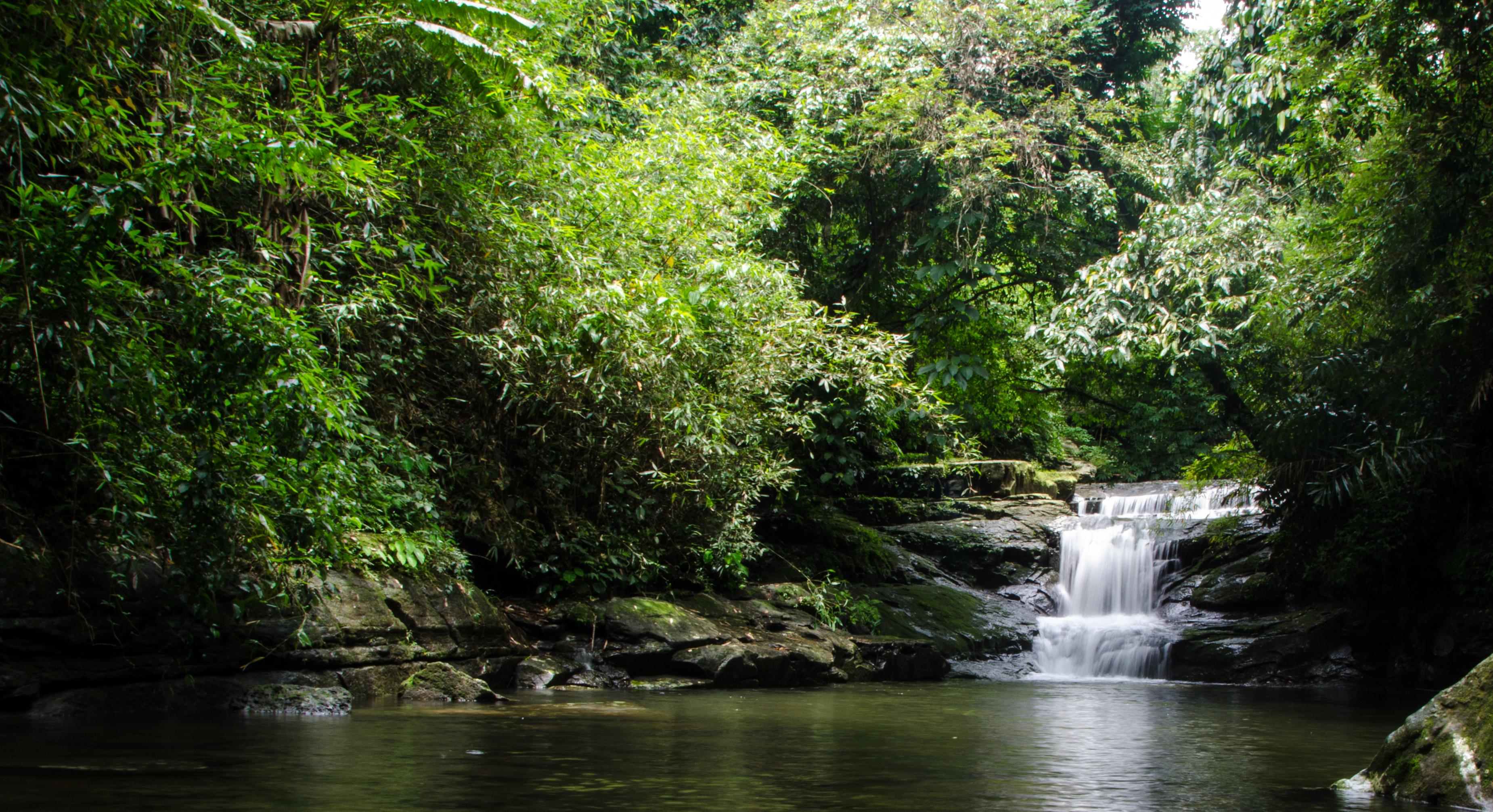 file waterfalls in the backyard 7344210442 jpg wikimedia commons