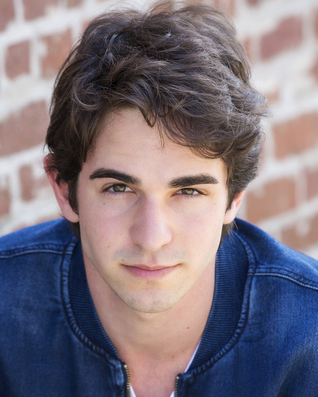 Zachary Gordon Wikipedia