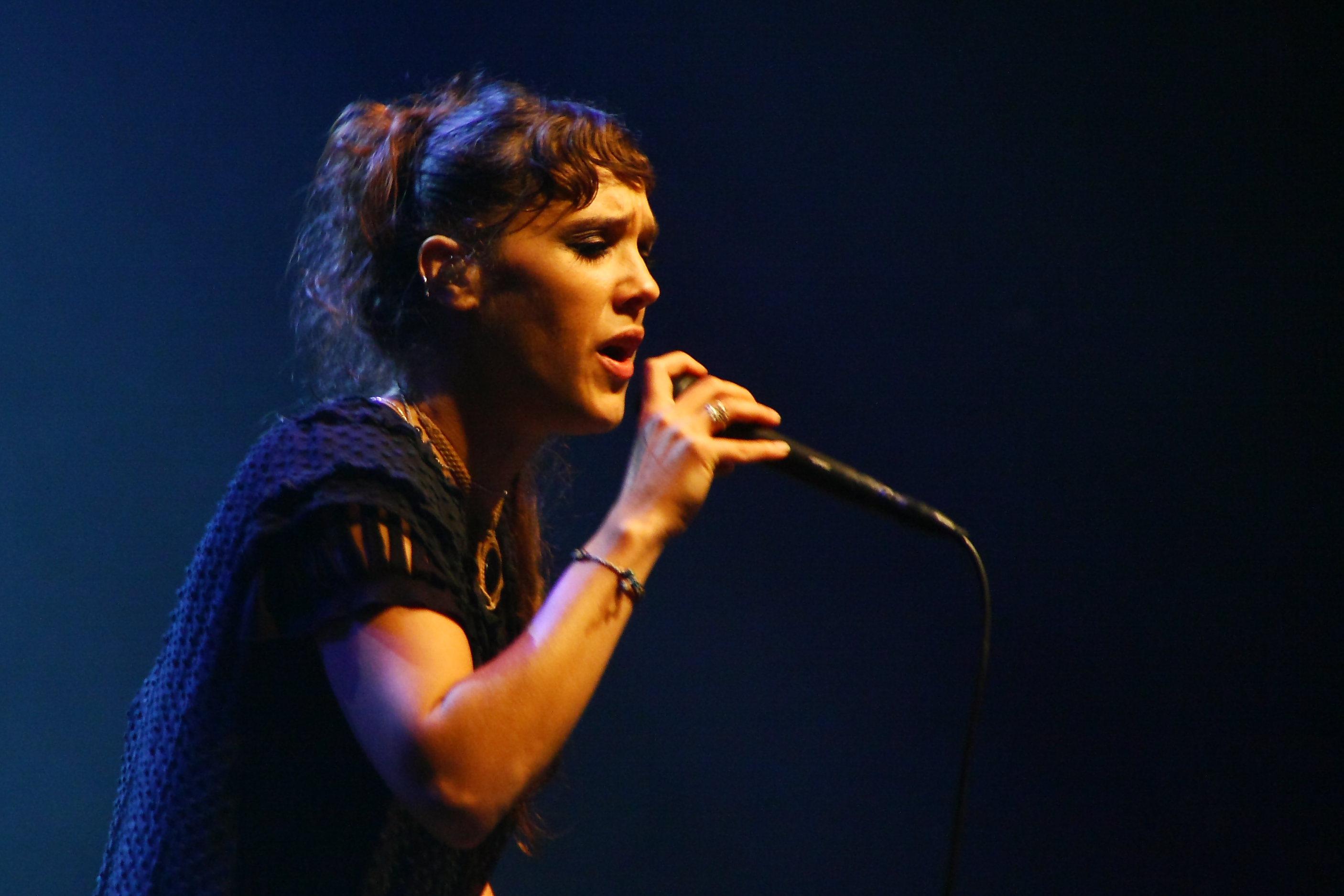 Zaz (piosenkarka) ��� Wikipedia, wolna encyklopedia