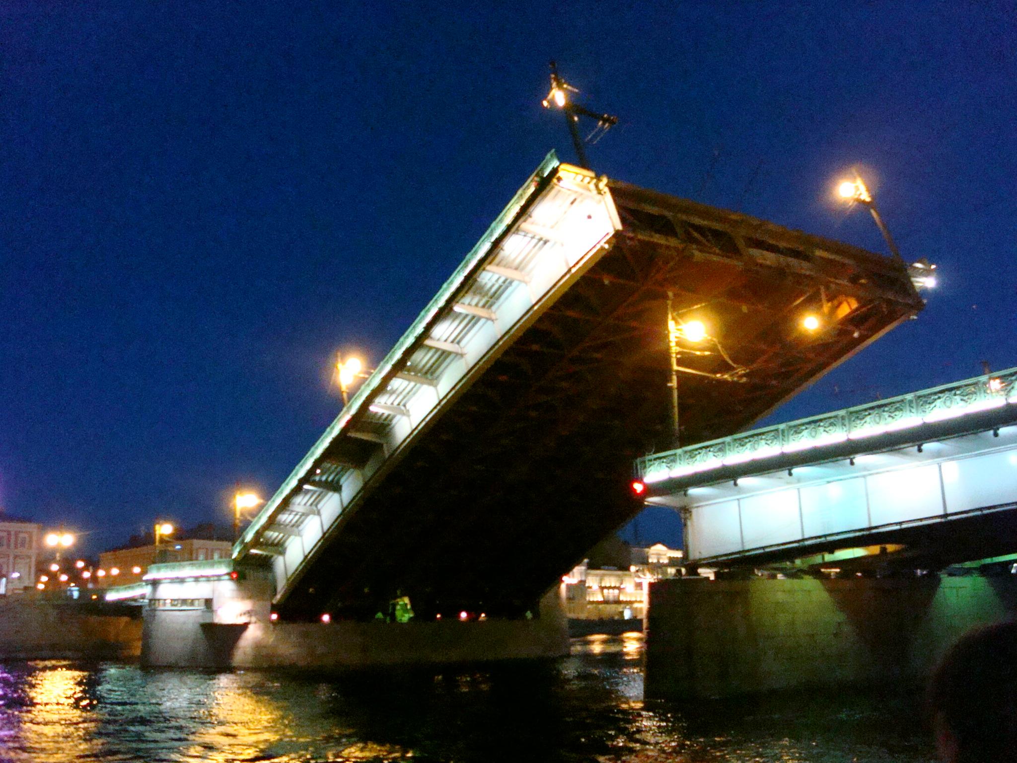 разводка литейного моста спб цены предложения отелей