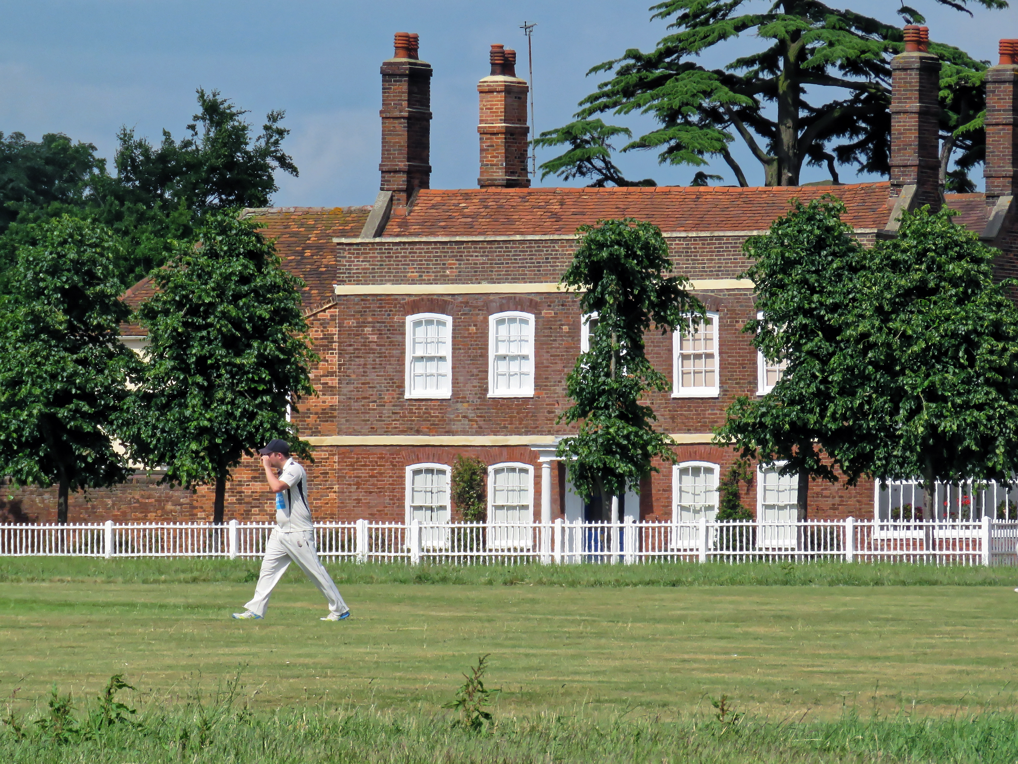 18Th Century House file:18th-century house 'the limes' at matching green, essex