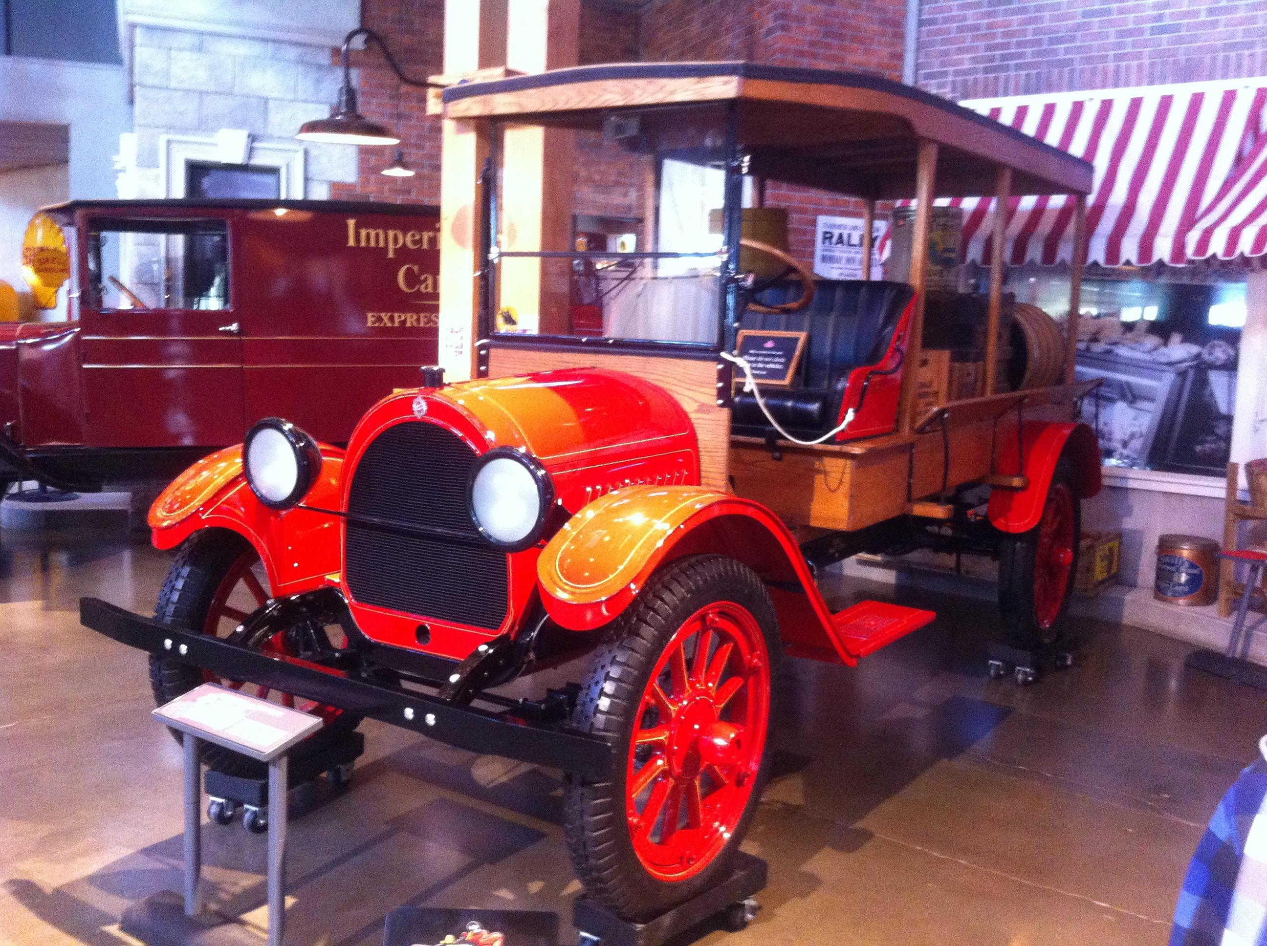 File:1919 Oldsmobile truck (7639935358) jpg - Wikimedia Commons