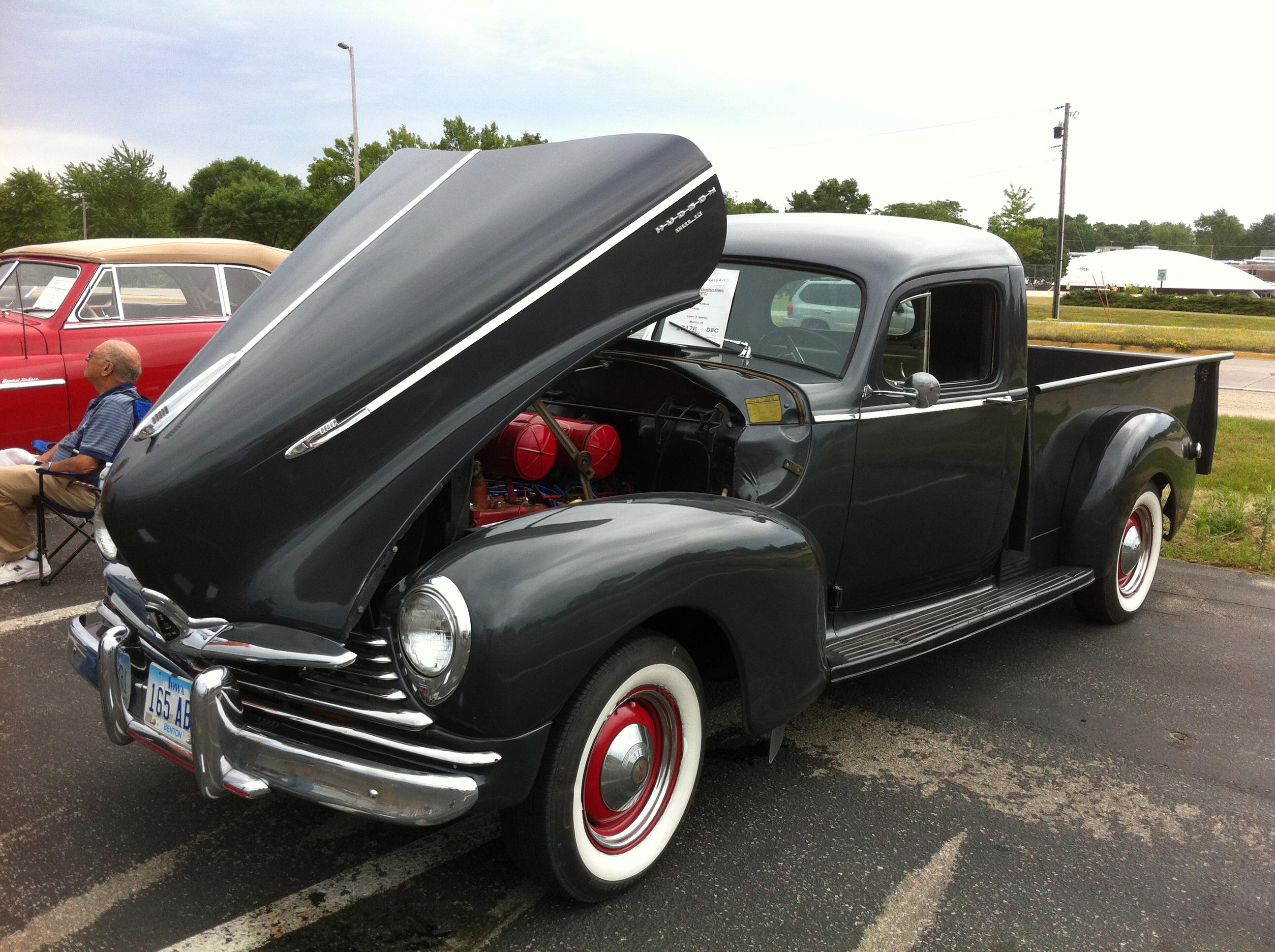 Hudson Iowa Car Dealership