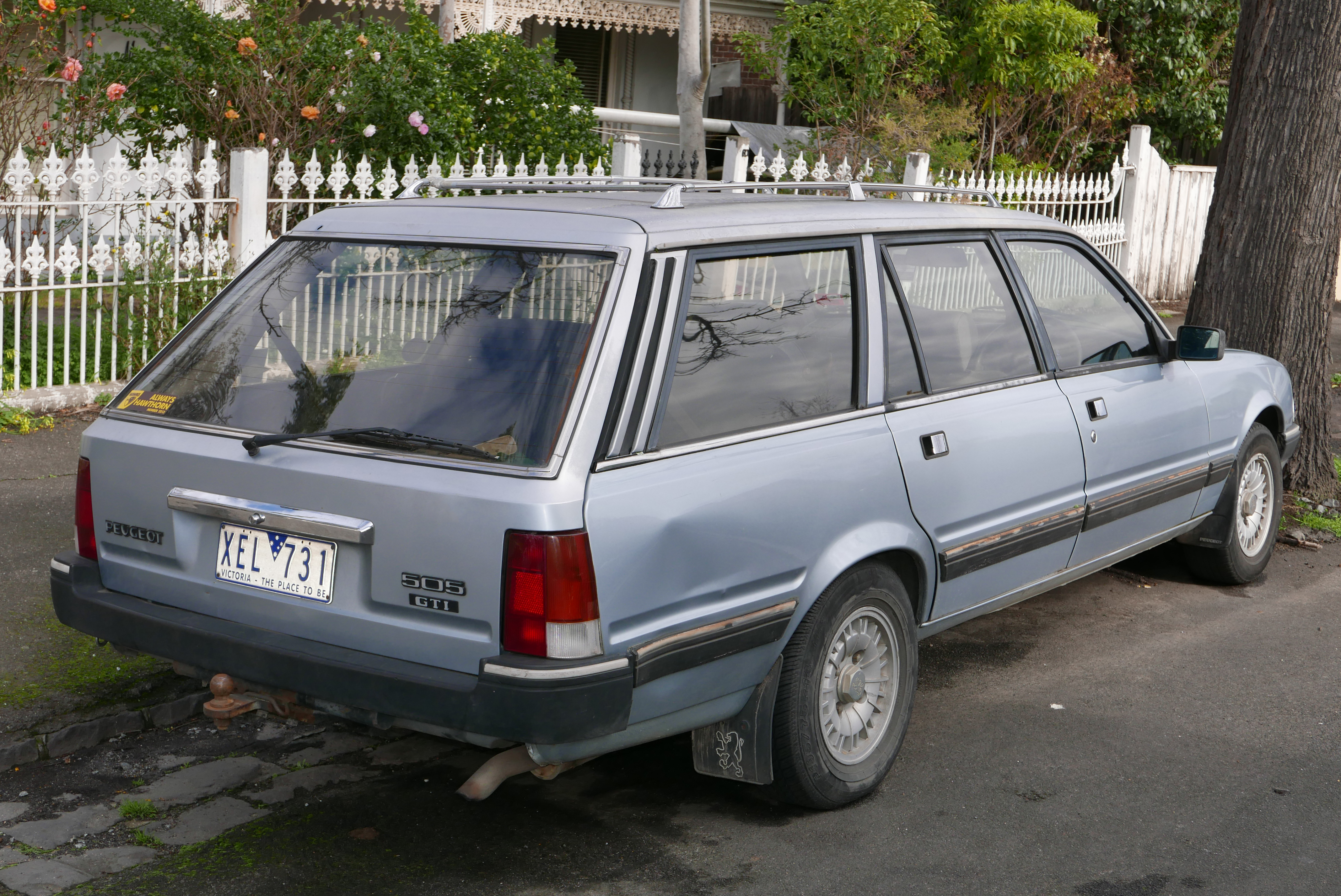 file 1988 peugeot 505 gti station wagon 2015 07 24 jpg wikimedia commons. Black Bedroom Furniture Sets. Home Design Ideas