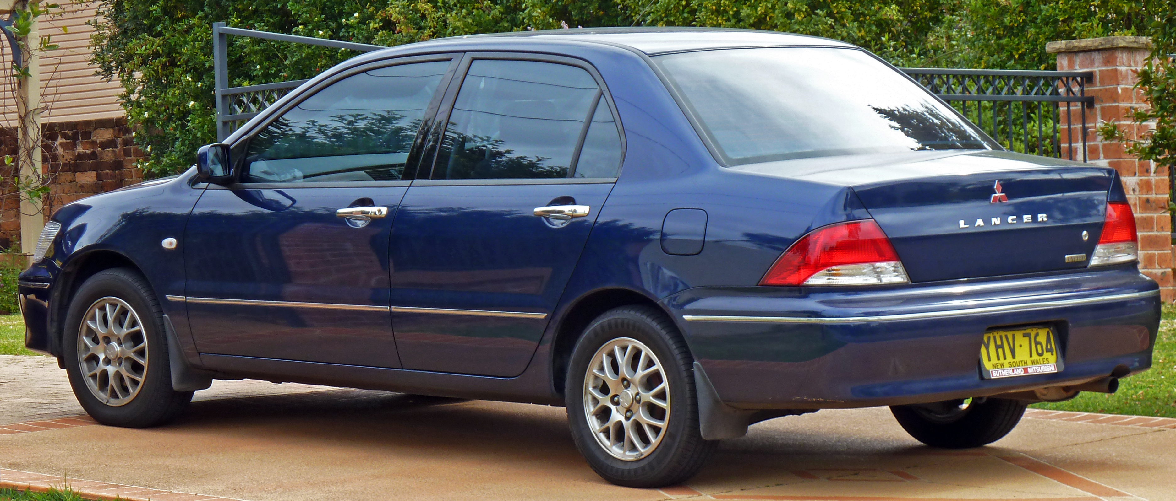 File 2002 2003 Mitsubishi Lancer Cg Exceed Sedan 01 Jpg