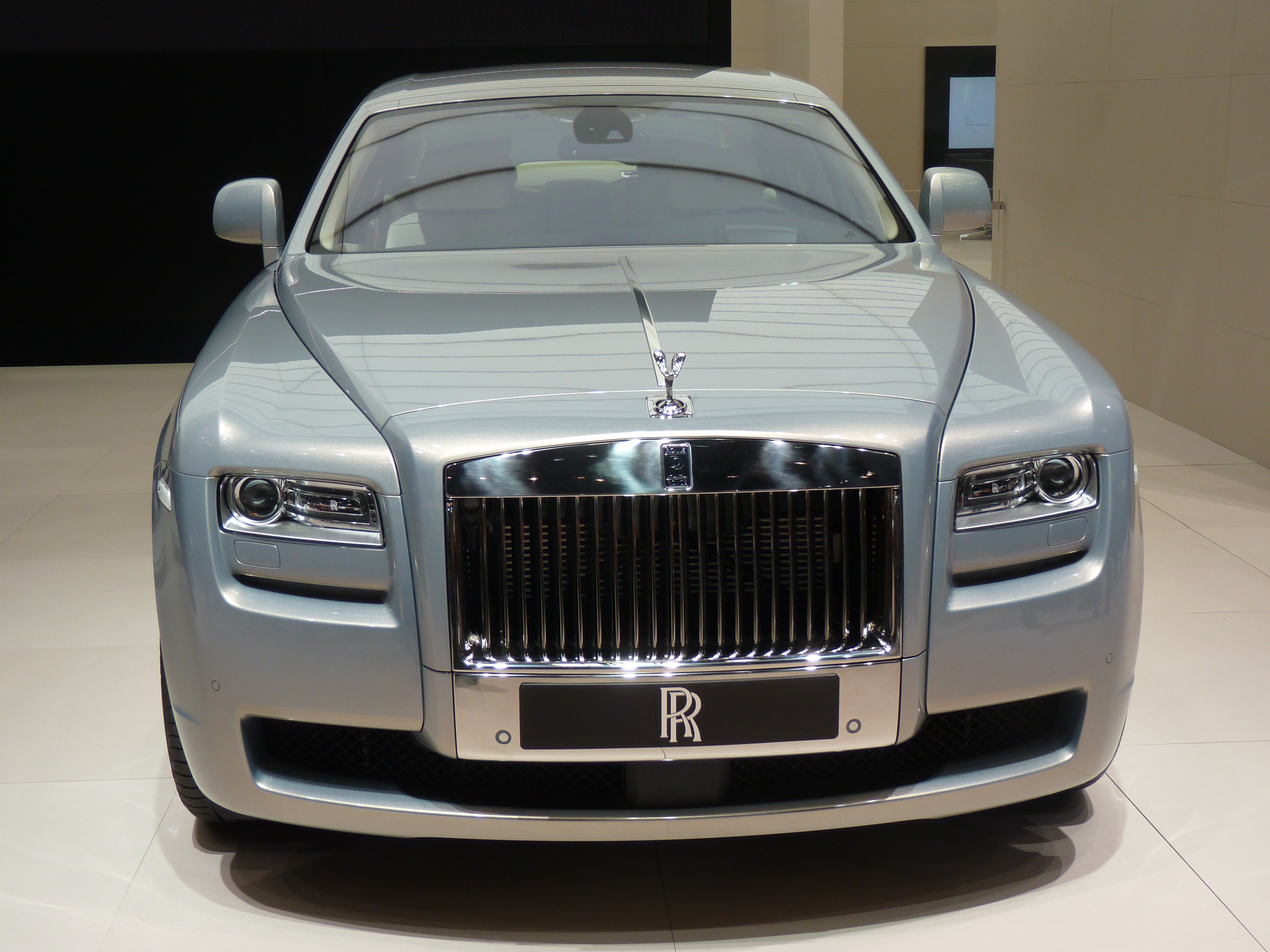 RollsRoyce Phantom Coupe 2009  pictures information