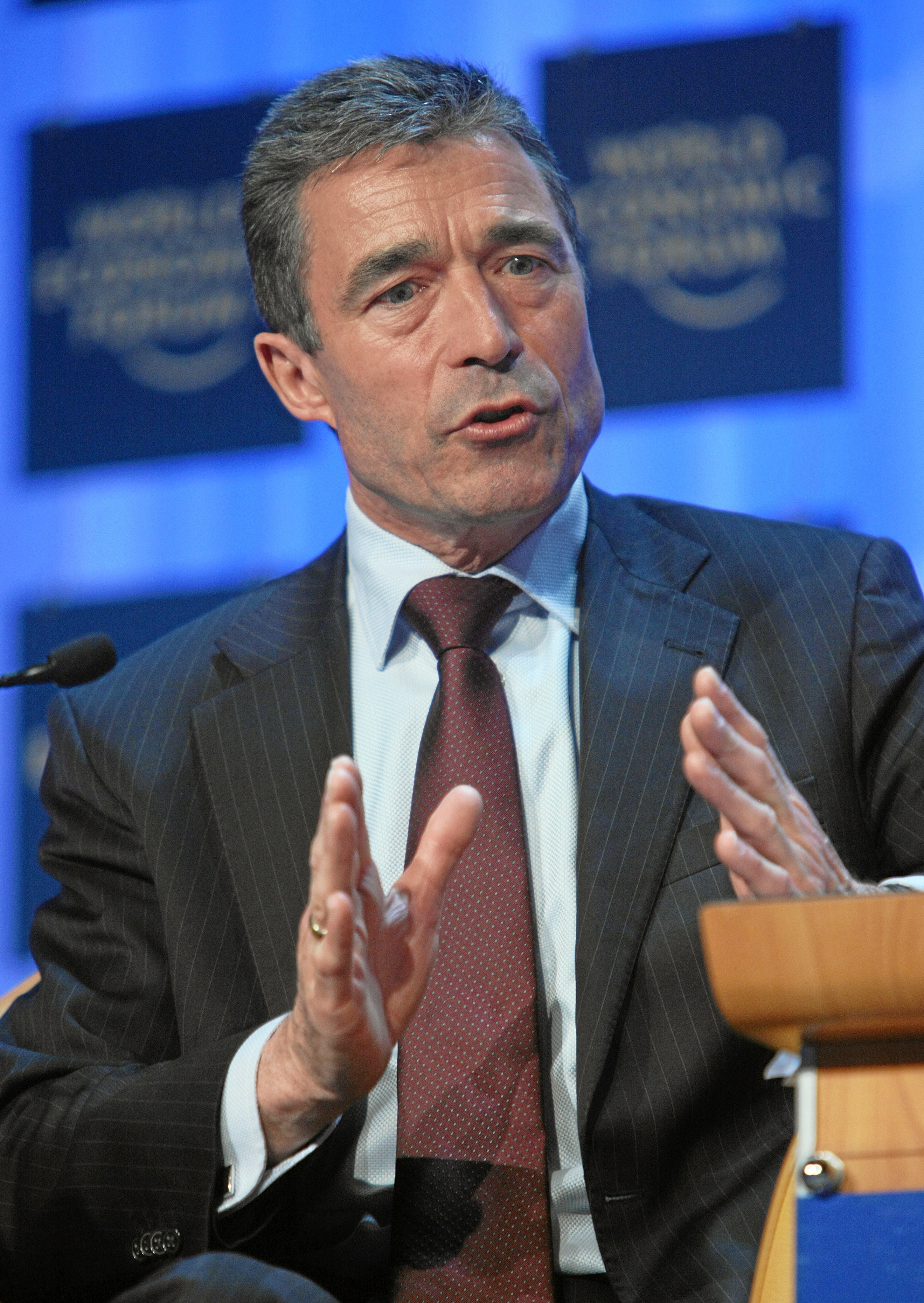 http://upload.wikimedia.org/wikipedia/commons/4/44/Anders_Fogh_Rasmussen_-_World_Economic_Forum_Annual_Meeting_Davos_2008.jpg