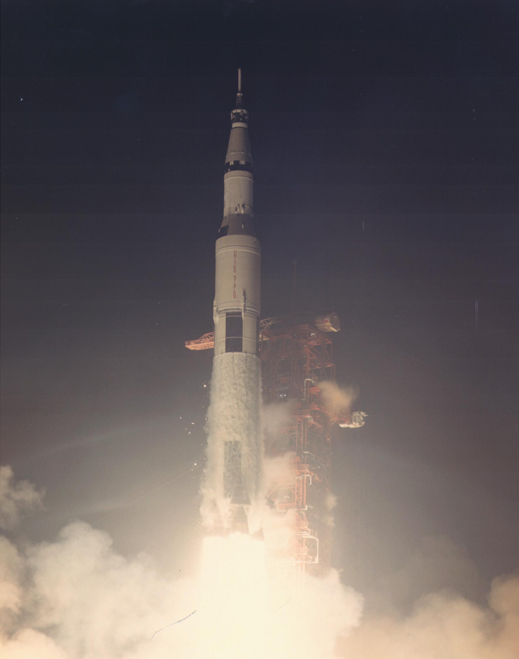 where did apollo 17 launch - photo #1