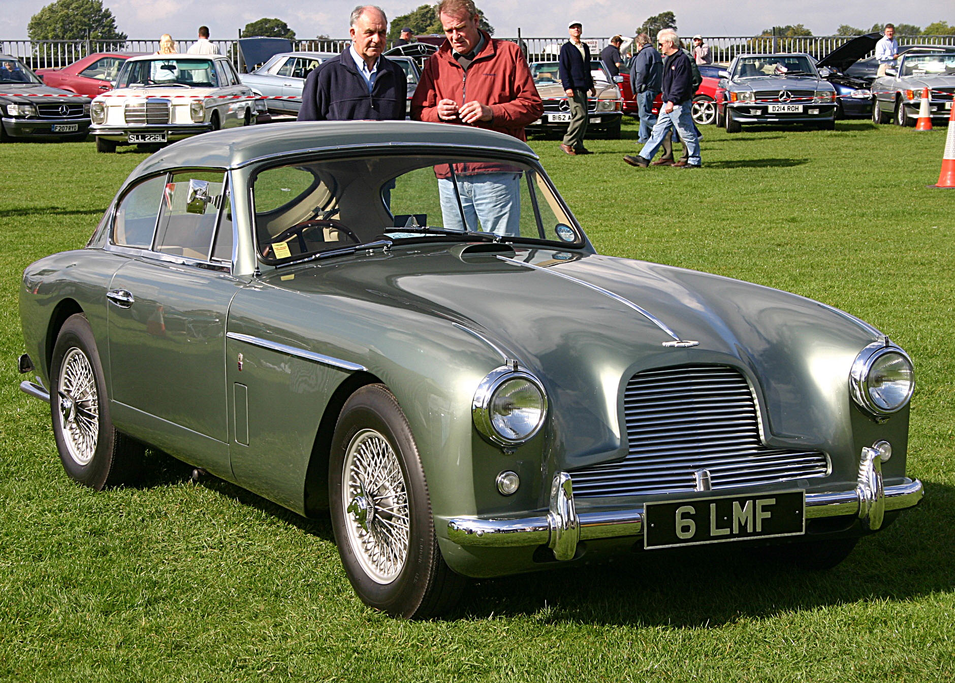 Aston Martin DB Group GT Racing Cars - Aston martin db2