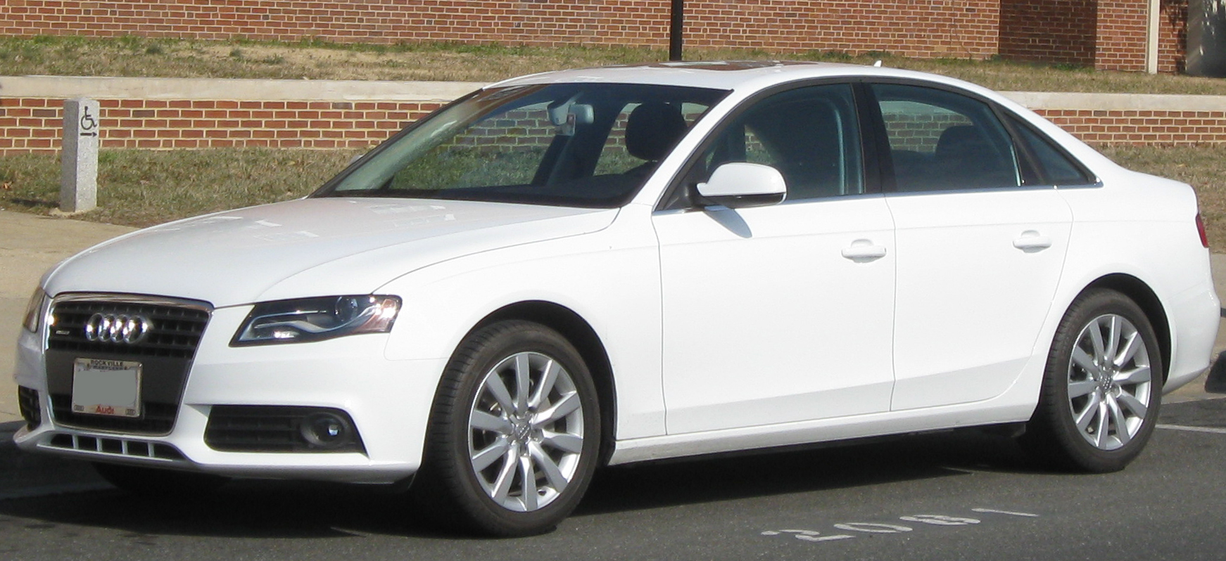 File:Audi A4 sedan -- 02-18-2011.jpg - Wikimedia Commons
