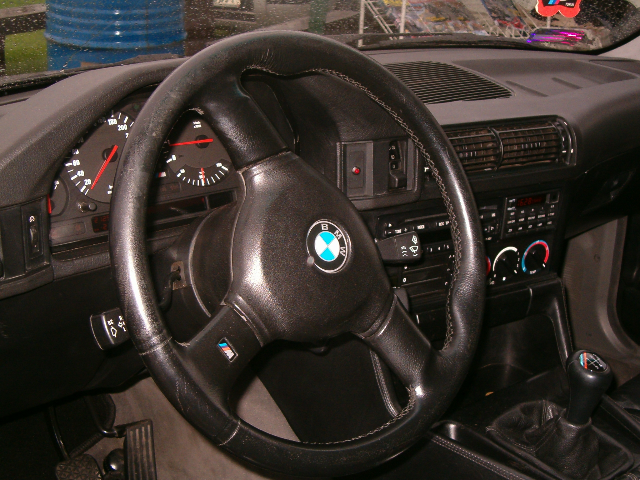 File Bmw M5 Interior Pl 01 Jpg Wikimedia Commons