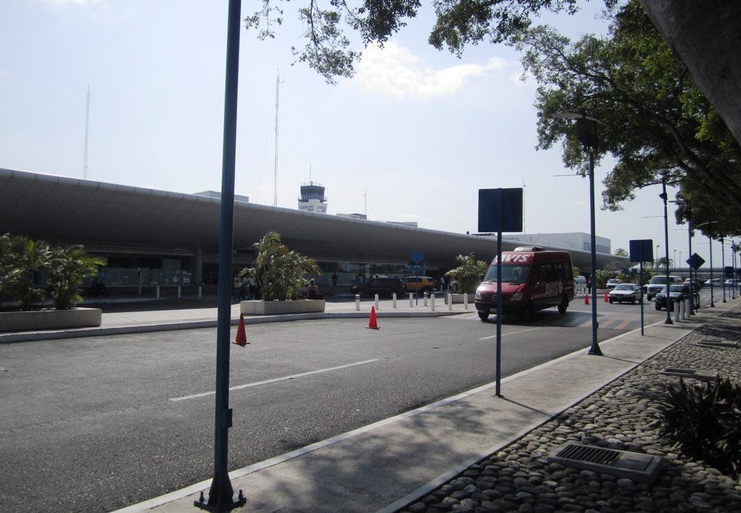 File:Cancun Airport.JPG