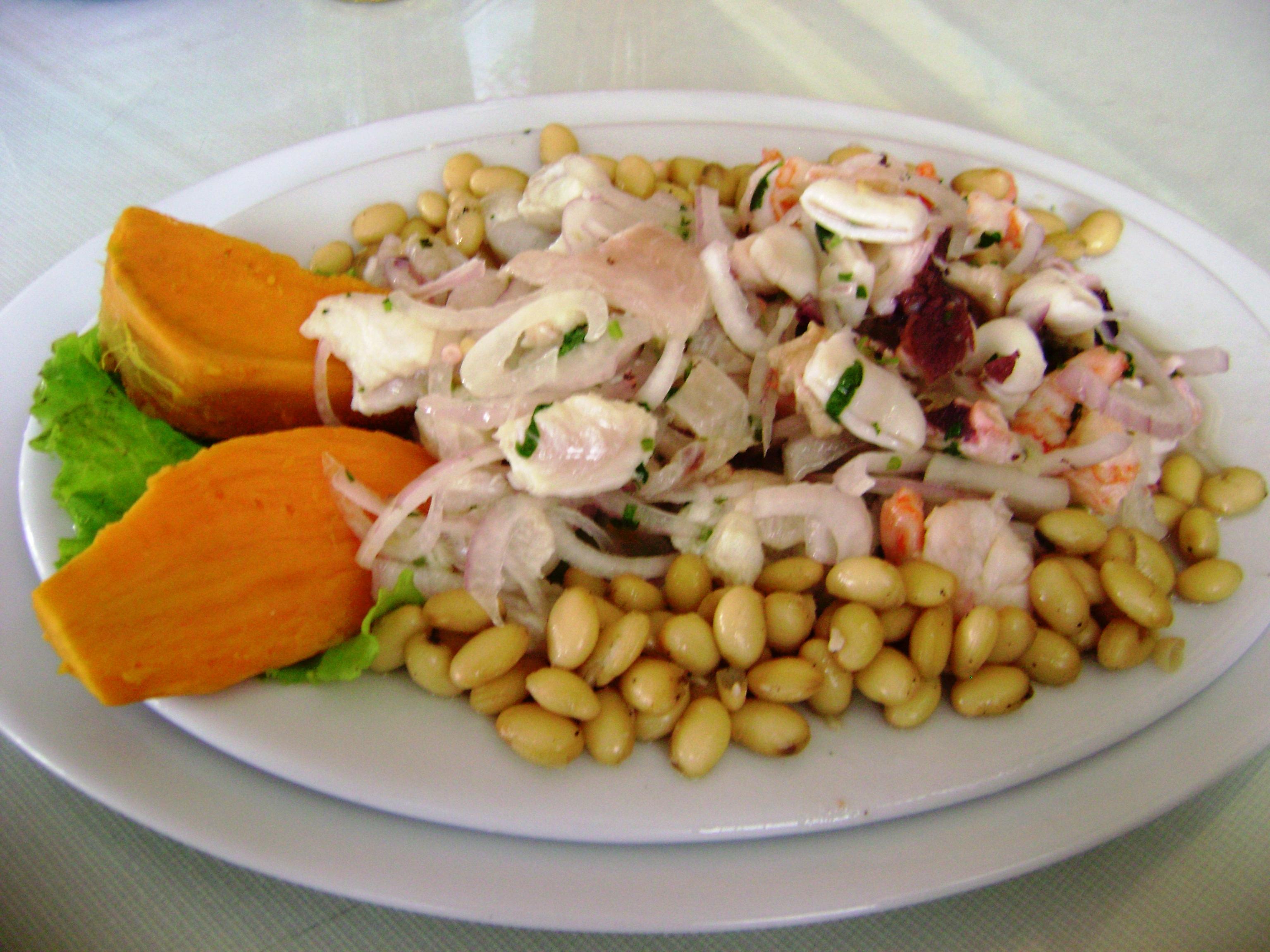 File:Ceviche mixto con zarandajas.JPG - Wikimedia Commons