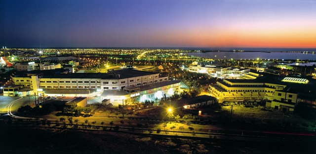 File:Chabahar port night veiw.jpeg