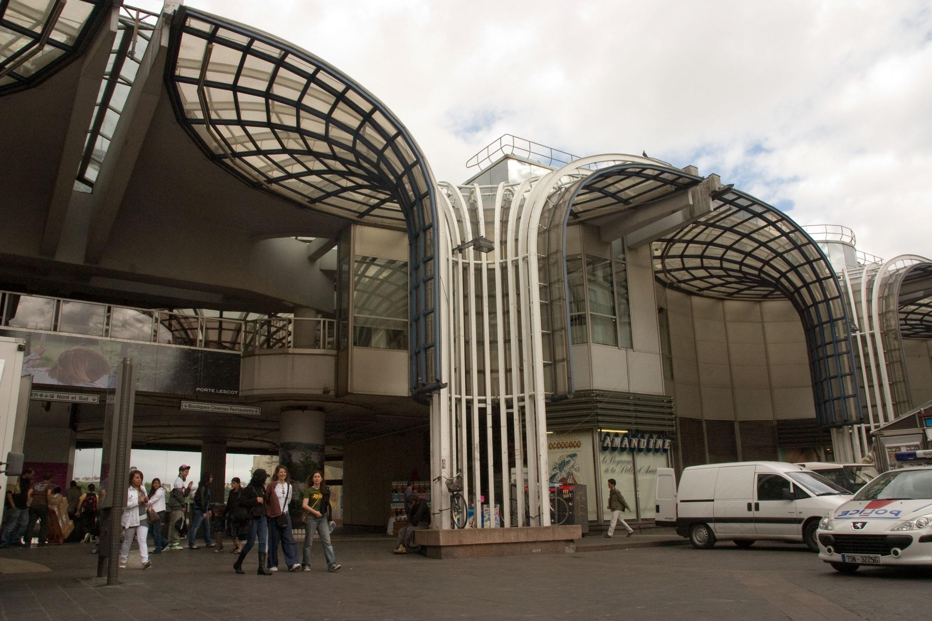 File chatelet les halles xcrw wikimedia commons for La droguerie paris les halles