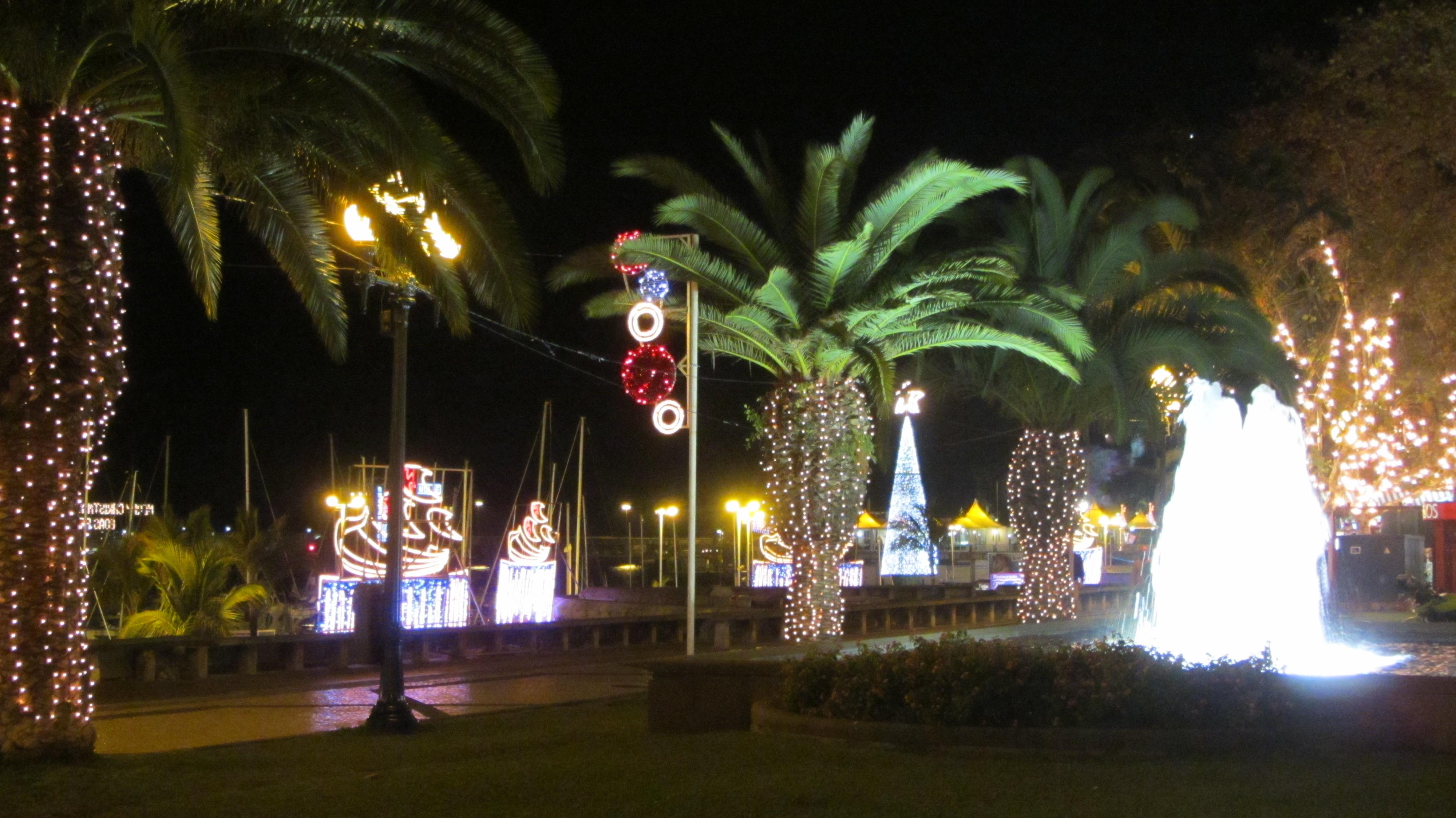 File Christmas Decorations Funchal Madeira Jan 2012