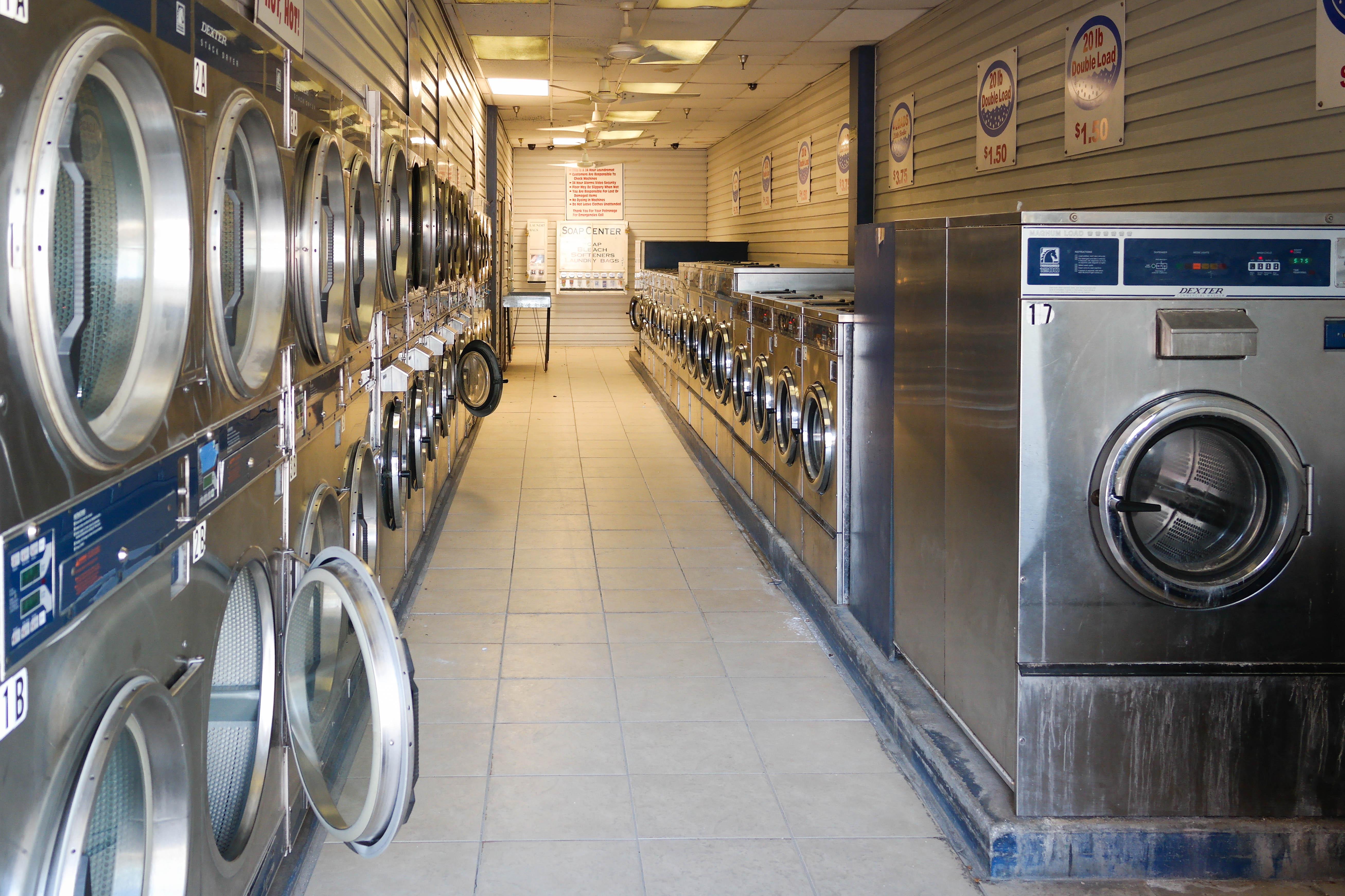 File Church Street Discount Laundromat Jpg Wikimedia Commons