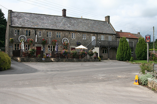 Cranmore, Strode Arms - geograph.org.uk - 915359