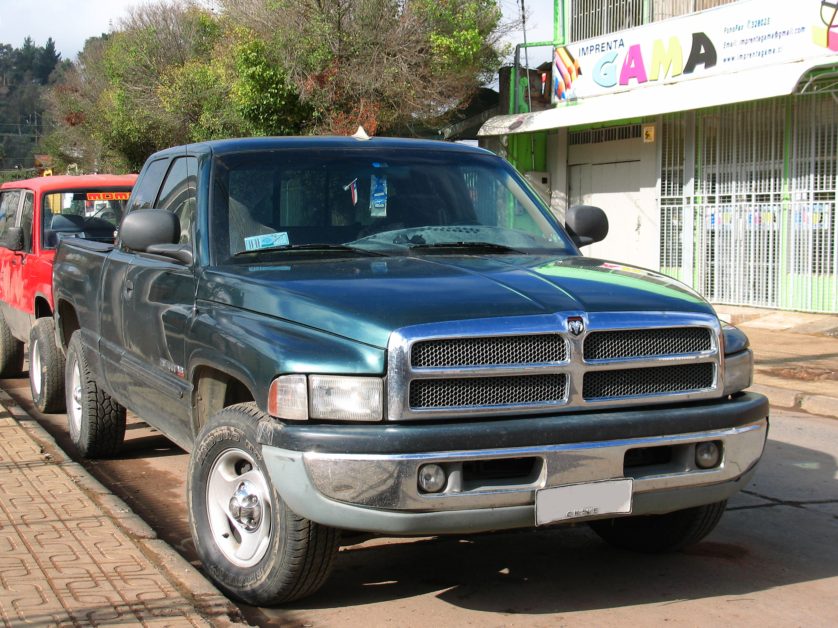 Laramie Slt Extended Cab Size Bed Dimensions