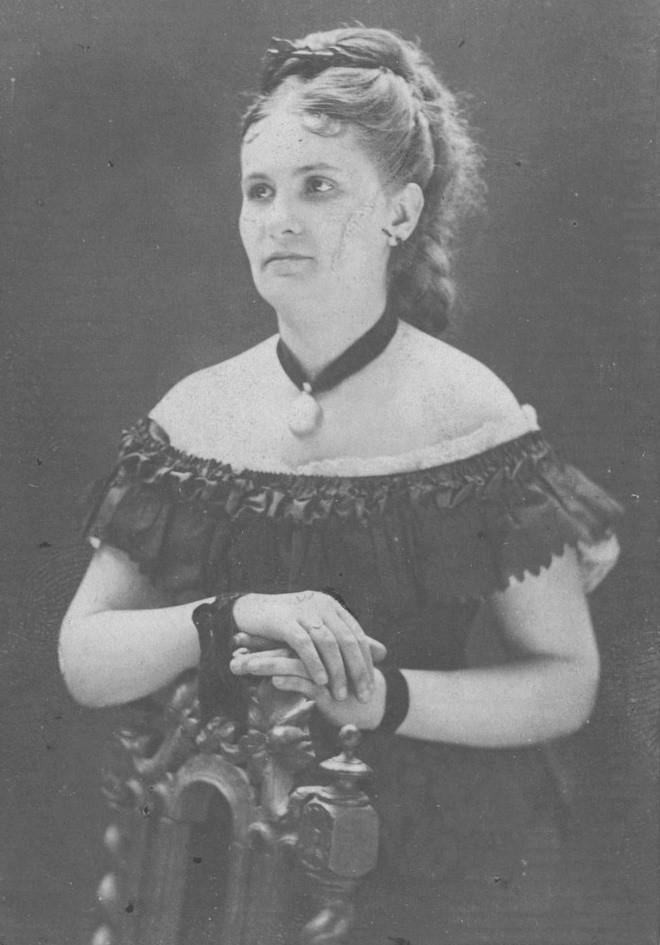 Dolores Sucre y Lavayén in 1870