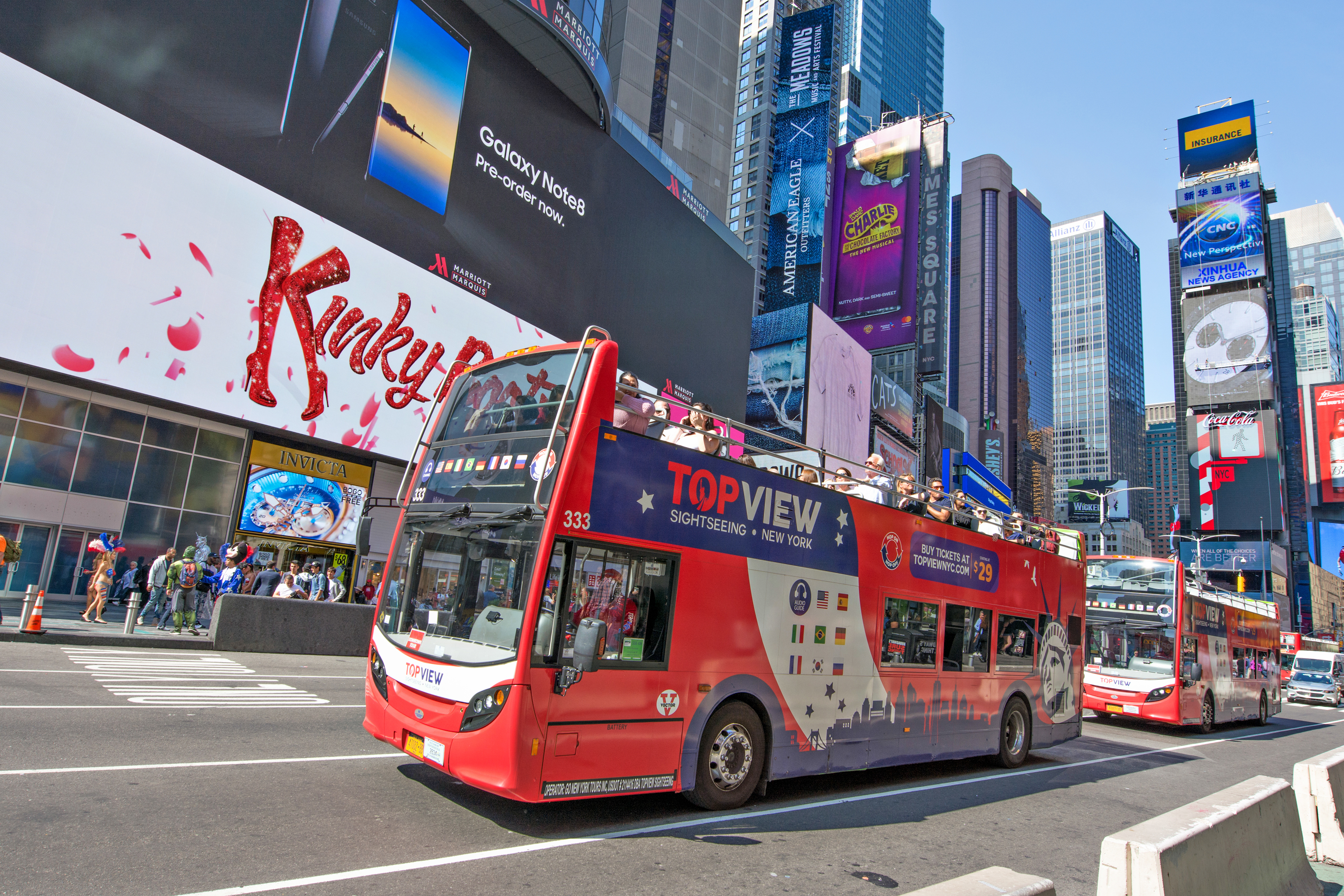 File:Double Buses Time Square jpg - Wikimedia Commons