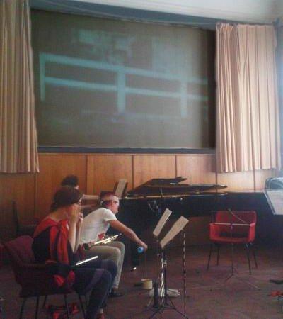 Во время исполнения Композиции 92 «Андалузский пёс» (саундтрек), 2010.