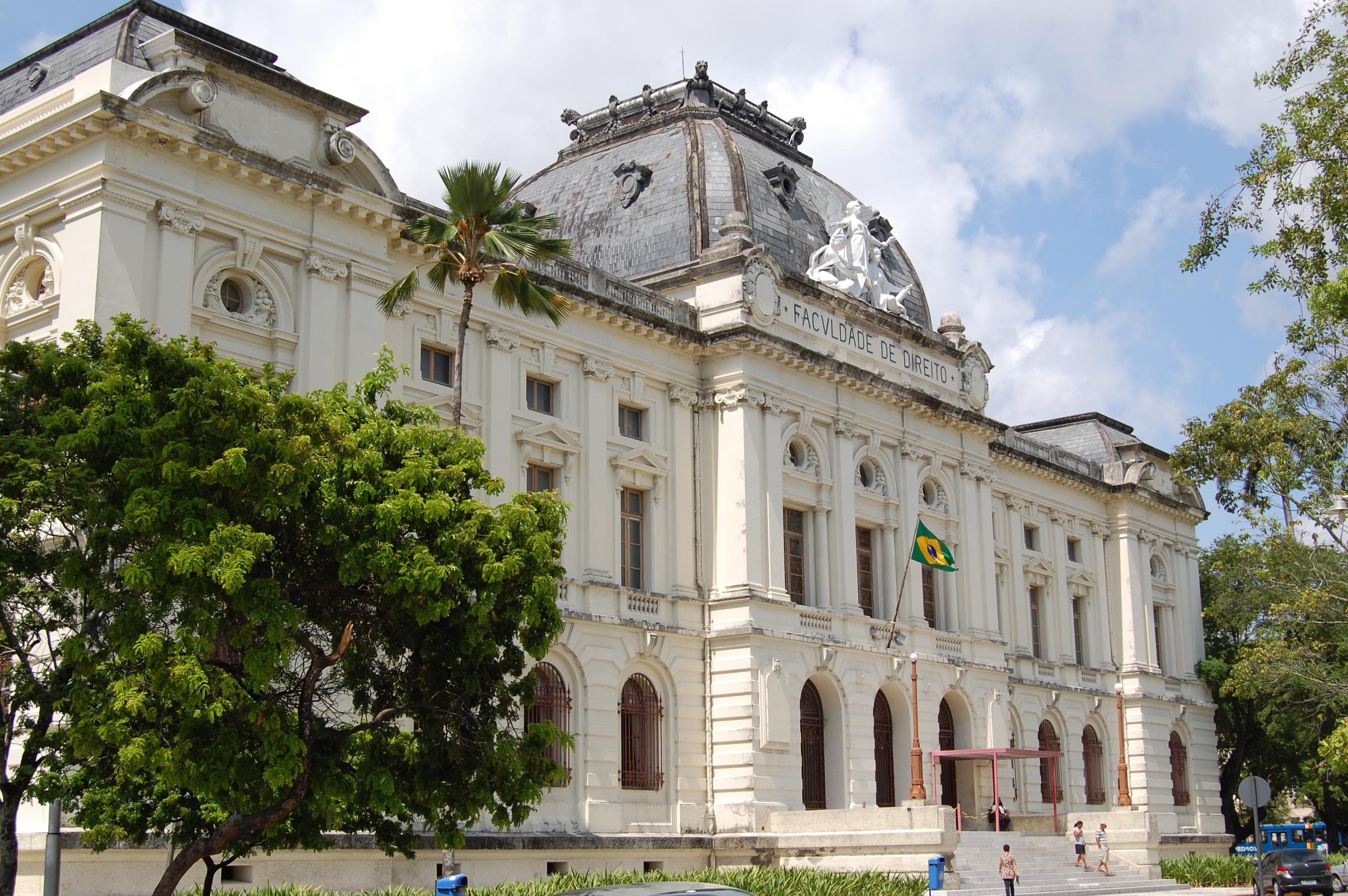 Veja o que saiu no Migalhas sobre Faculdade de Direito do Recife da Universidade Federal de Pernambuco