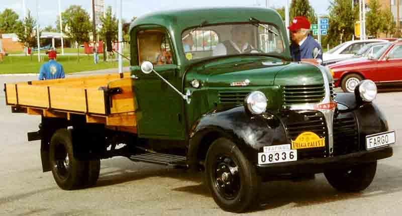 File:Fargo FK2-33 Truck 1946.jpg - Wikimedia Commons