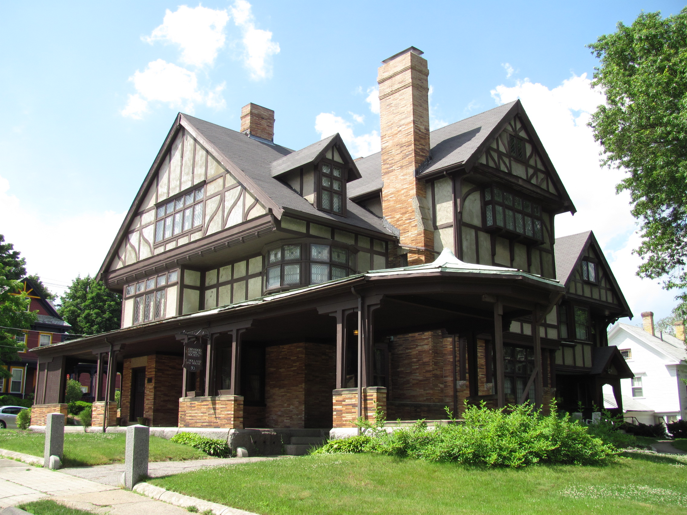 File fred holland day house norwood wikimedia for Home daylight