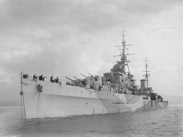 HMS_Royalist_1943_IWM_A_19015.jpg