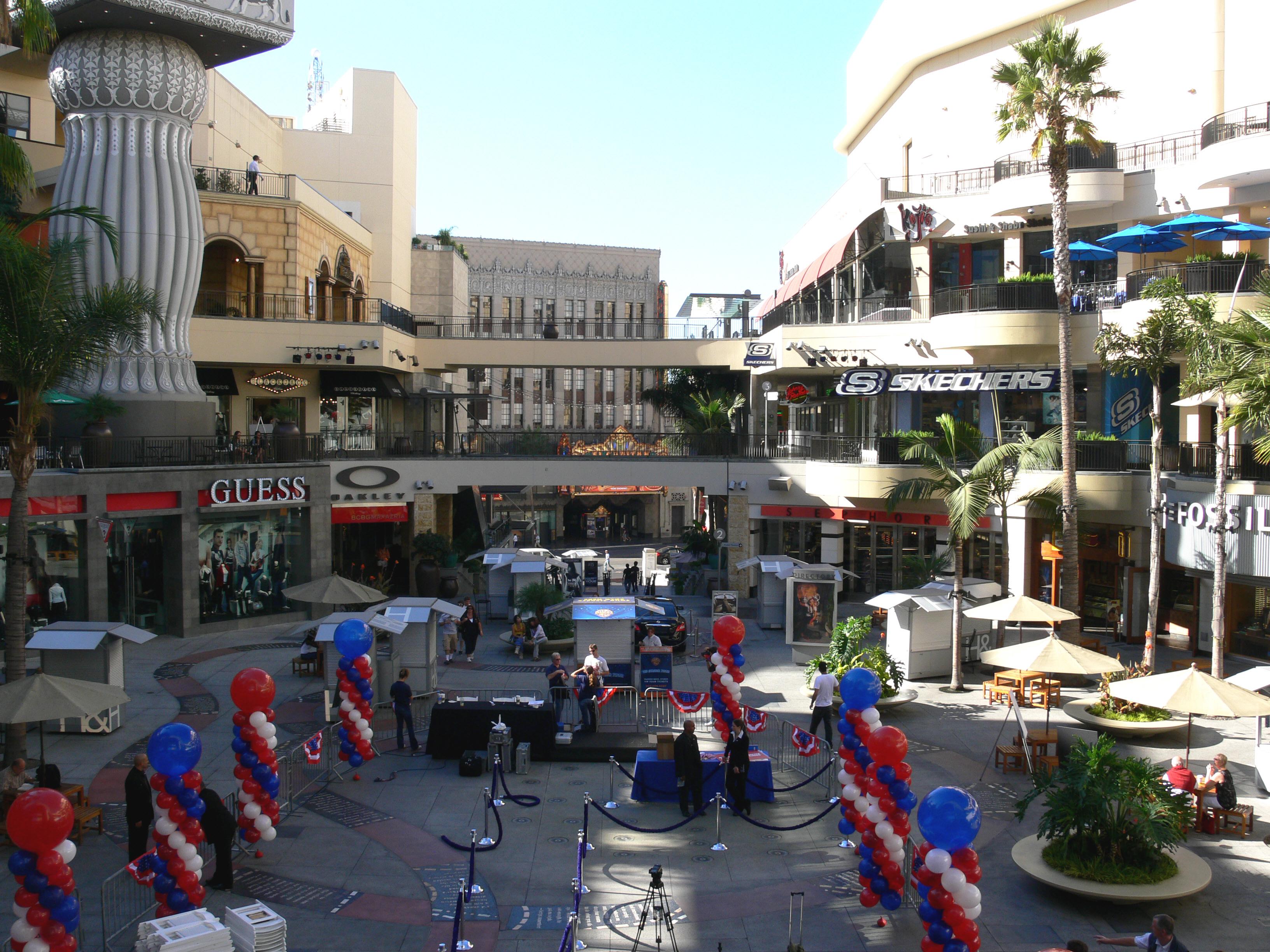 Hollywood Blvd Theater Kodak 5