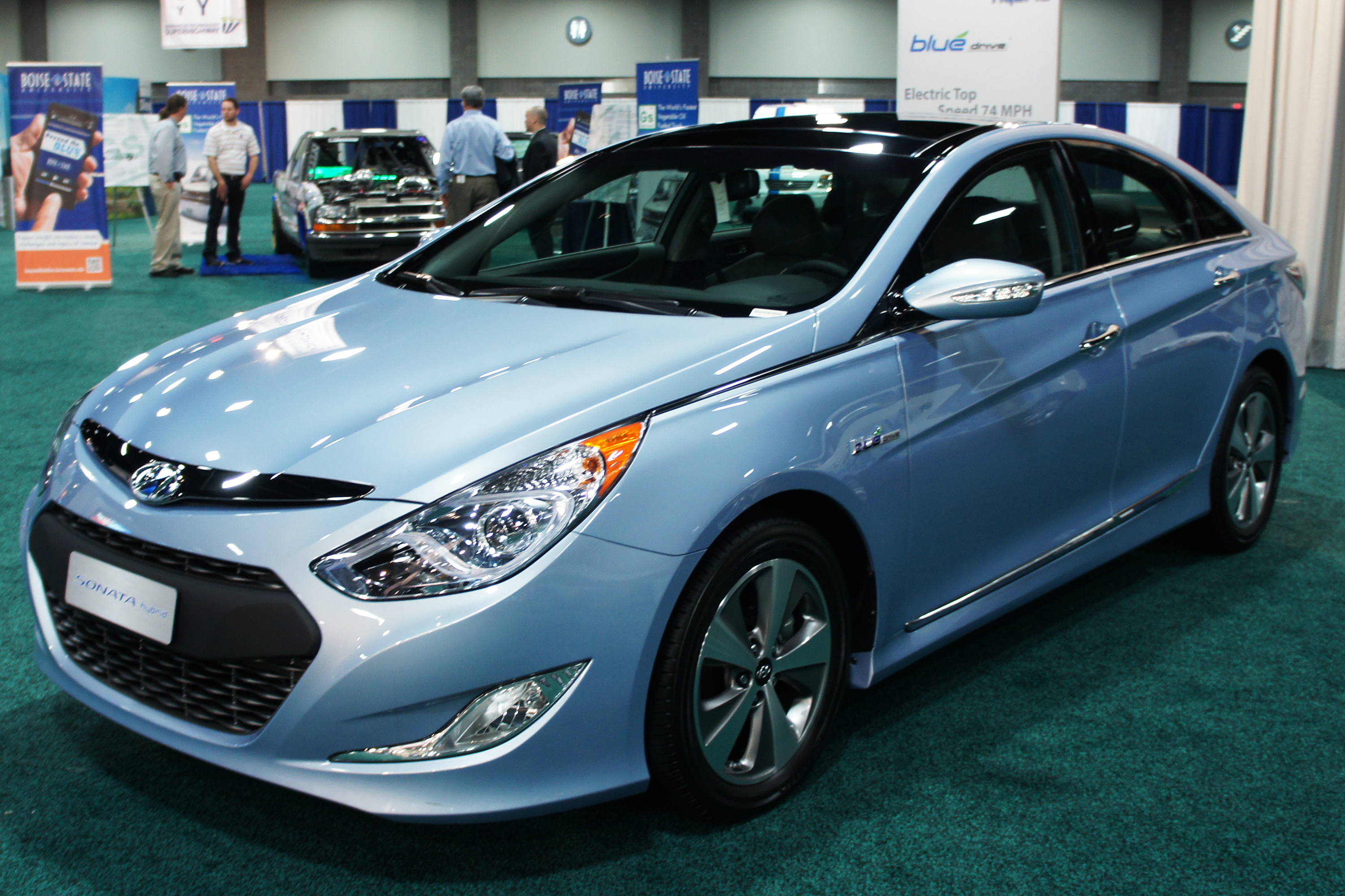 Attractive File:Hyundai Sonata Hybrid WAS 2012 0763.JPG