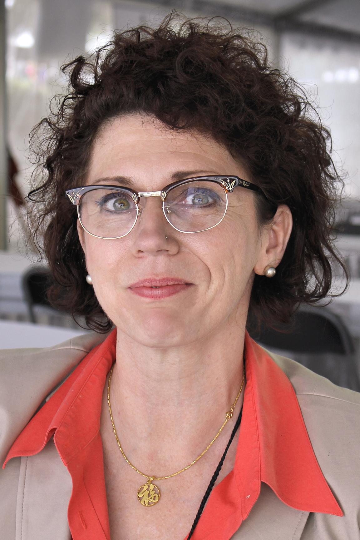 Jill Alexander Essbaum Wikipedia
